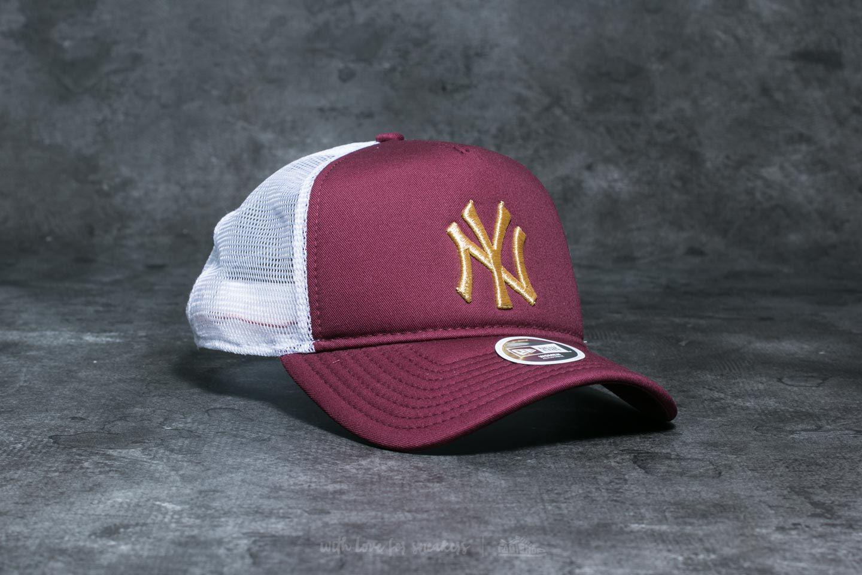 ad530d531bf Lyst - KTZ 9forty Trucker New York Yankees Cap Maroon  Gold  White ...