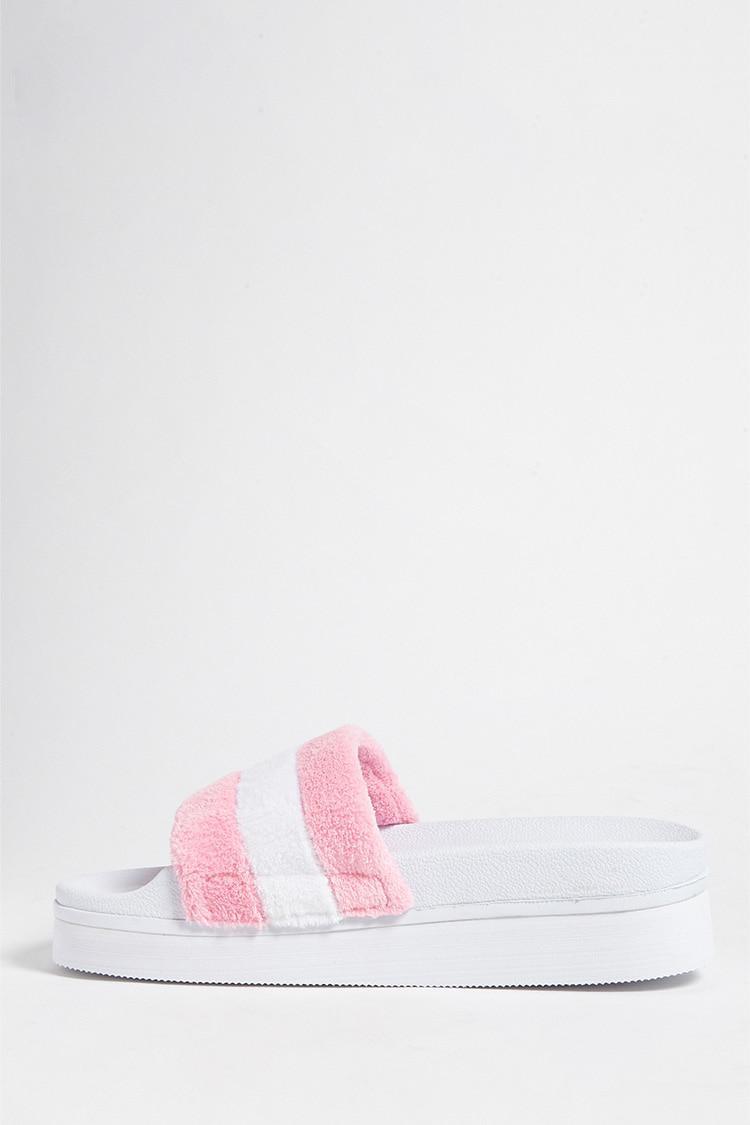 e594dd1810ee Lyst - Forever 21 Jane And The Shoe Faux Fur Platform Slides in Pink