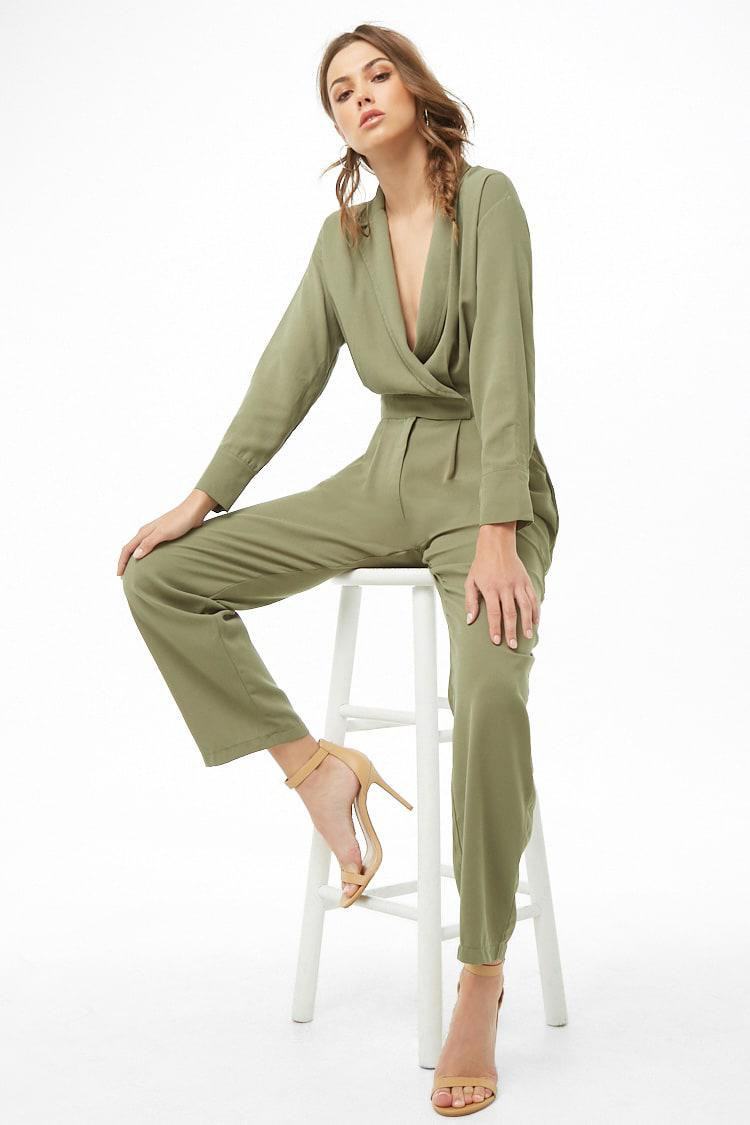 c3097949f5b Lyst - Forever 21 Textured Surplice Jumpsuit in Green