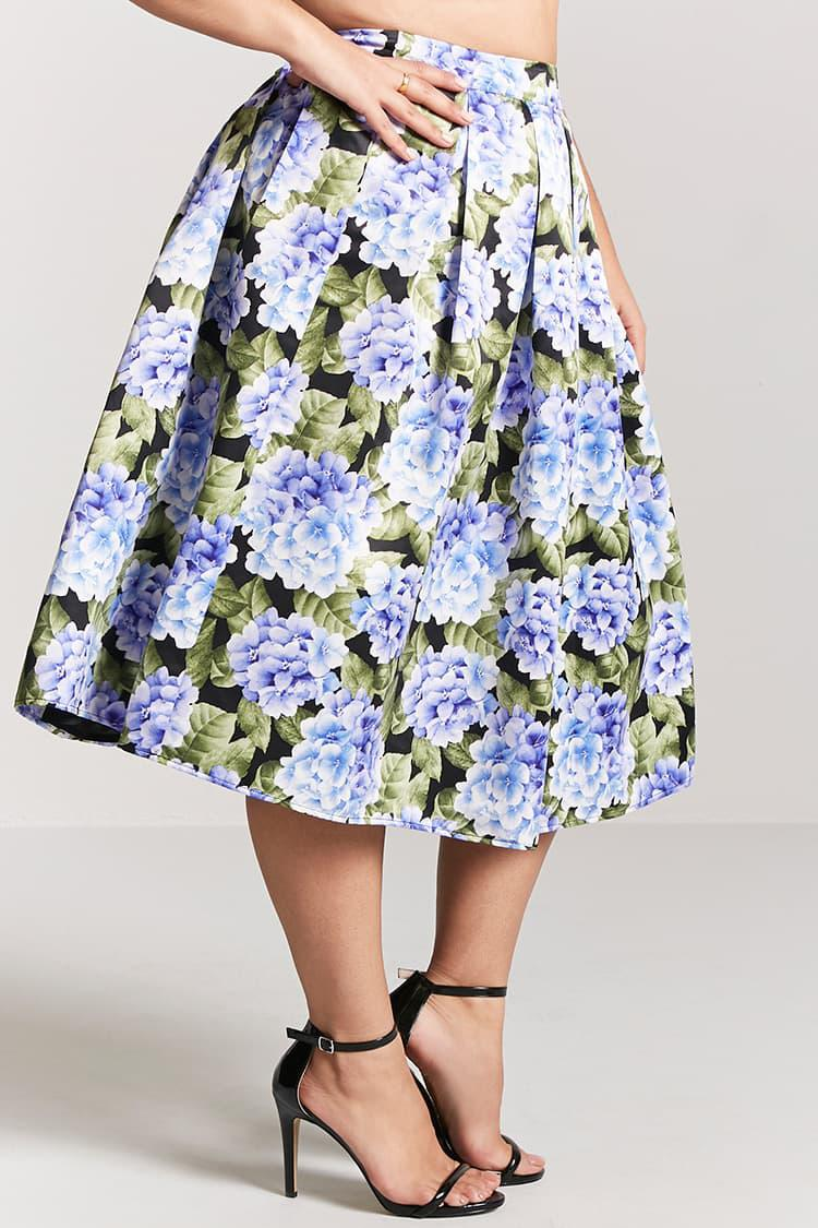fd04924ea0d Forever 21 Plus Size Floral Satin Pleated Skirt in Blue - Lyst