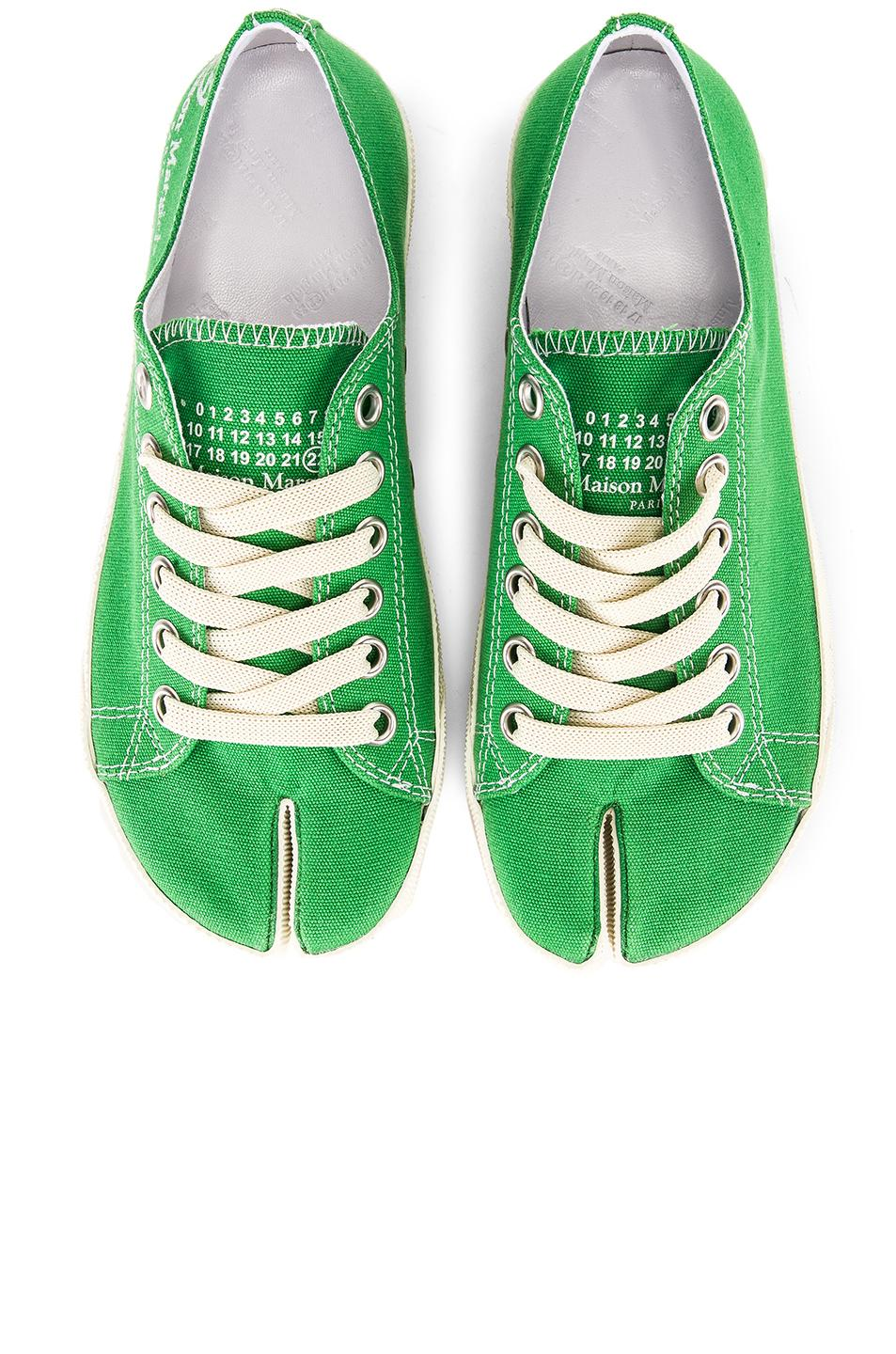0fa7316d3847 Maison Margiela Low Top Canvas Sneakers in Green - Lyst