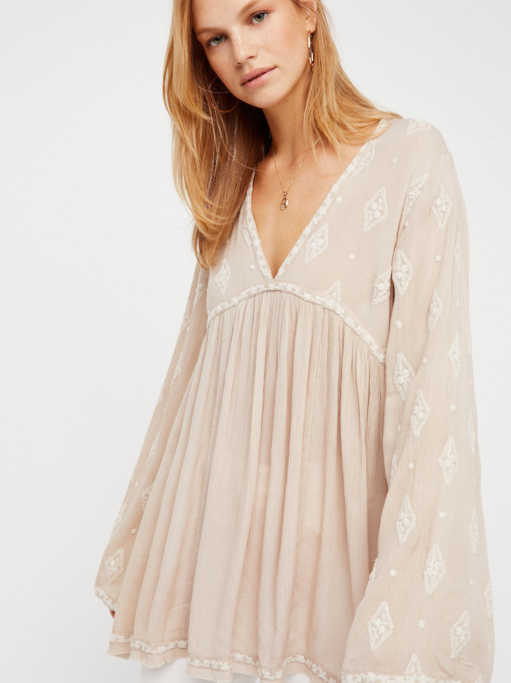 ef6febe504646 Free People Diamond Embroidered Top in Natural - Lyst