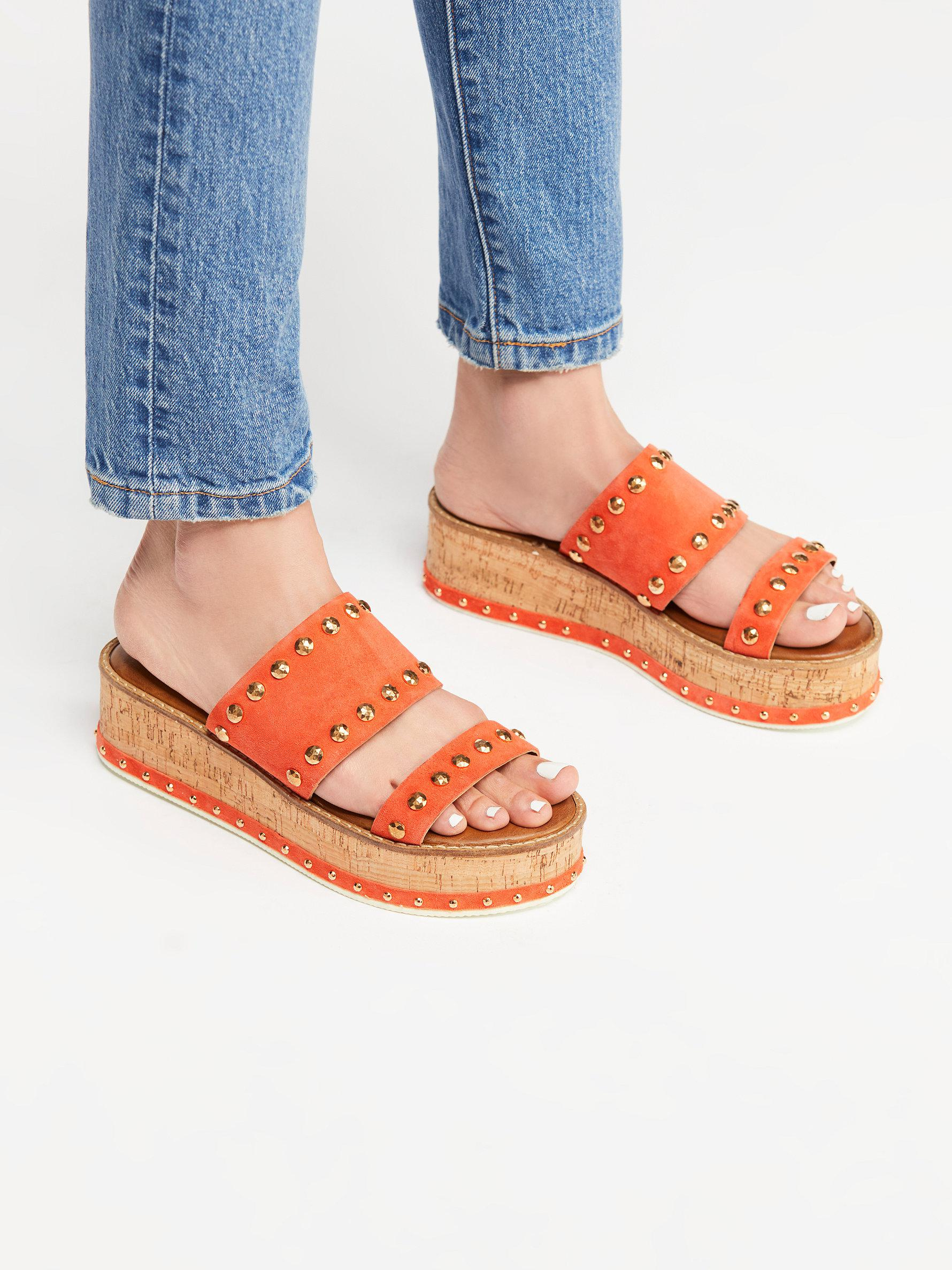 315b2234bf5d Lyst - Free People Lola Flatform Sandal By Inuovo