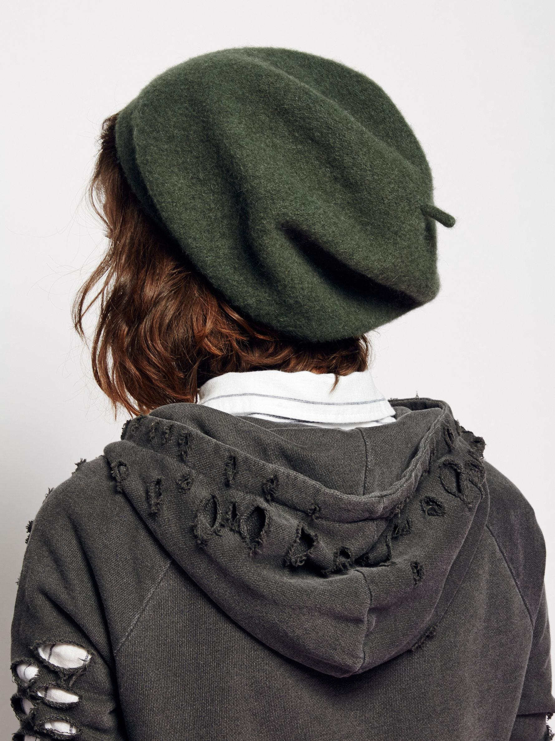 9bac0313d03a6 Free People Bisous Slouchy Beret - Lyst