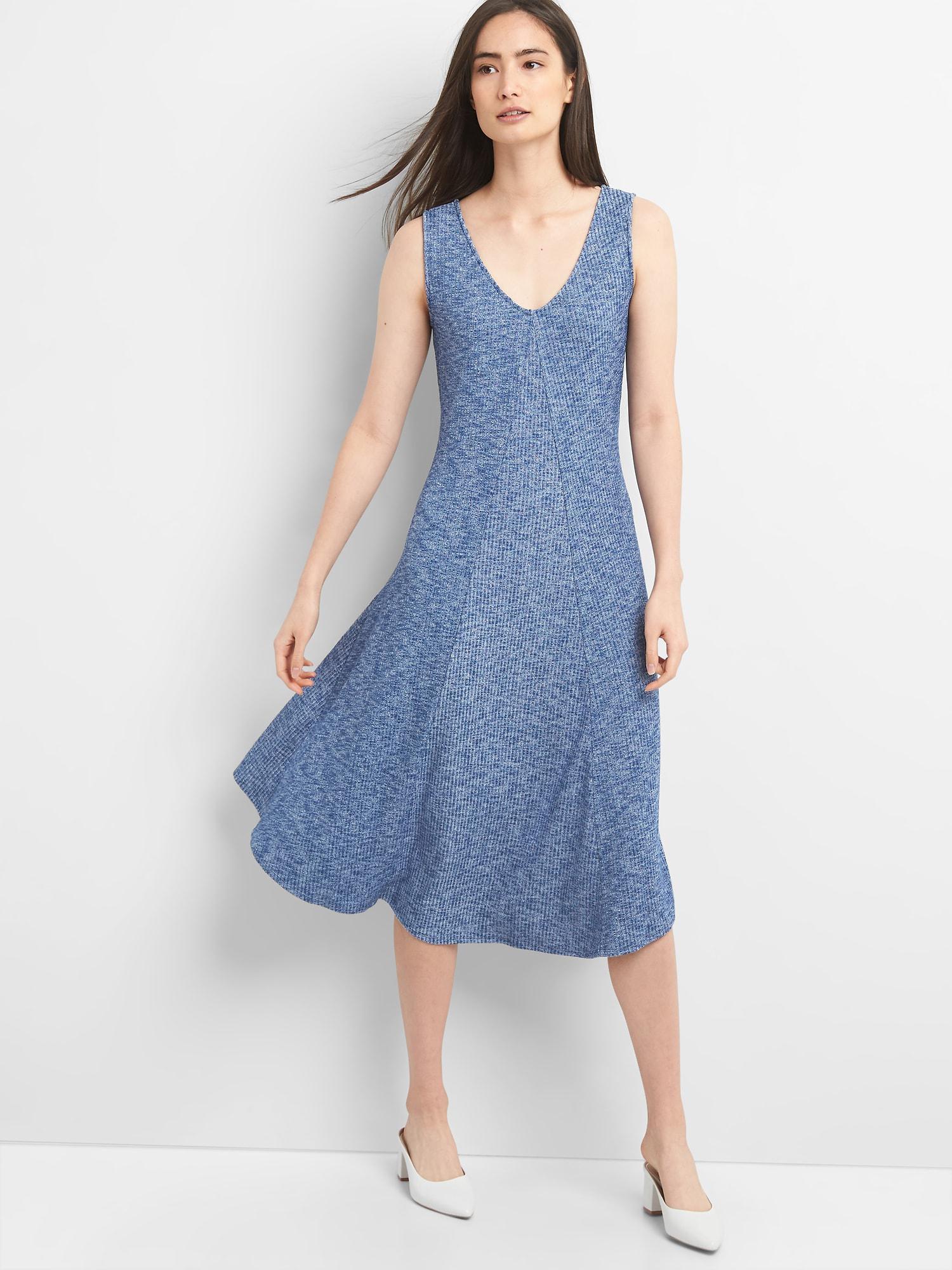 4558b9a521c Lyst - Gap Ribbed Softspun Sleeveless Midi Dress in Blue
