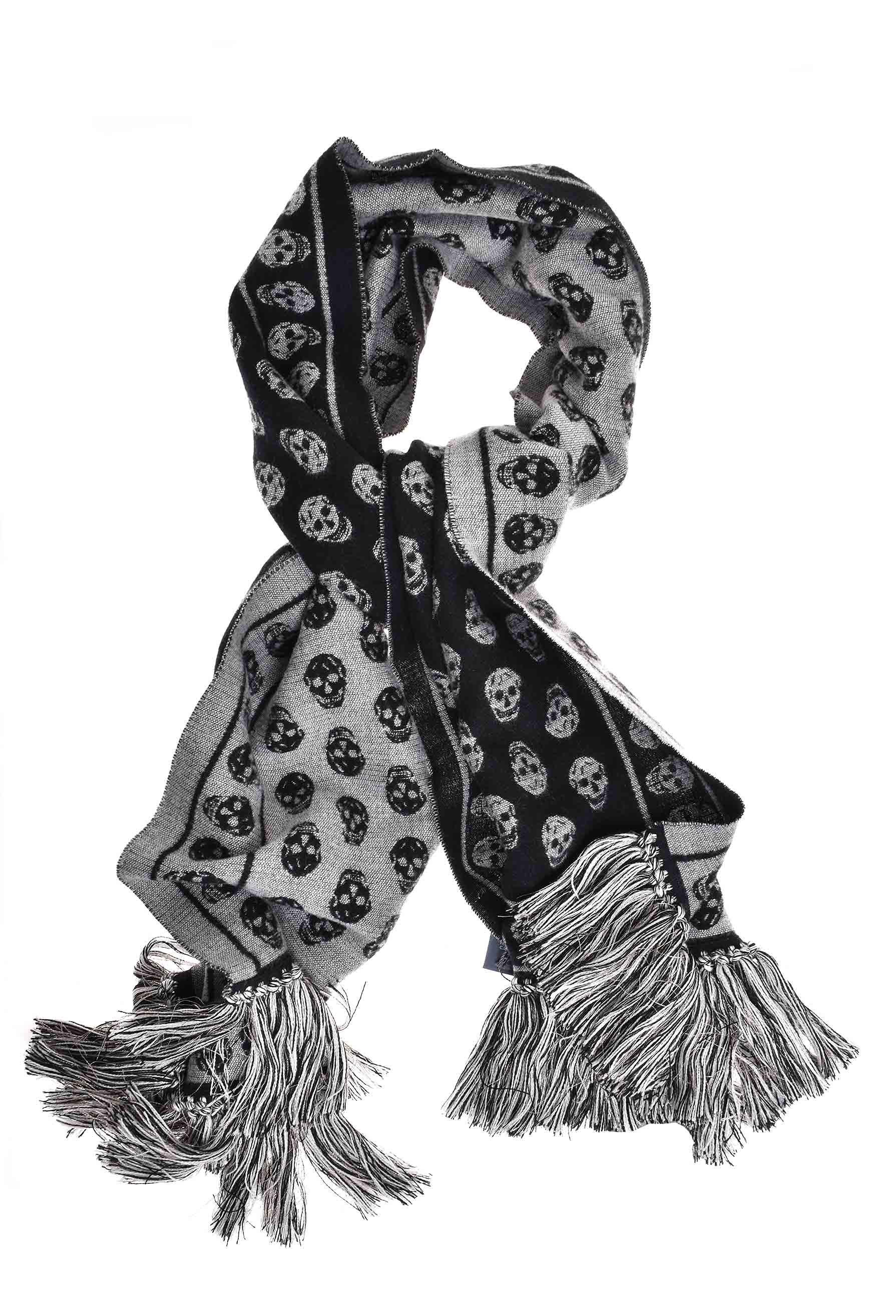 9b192382b5bb Alexander McQueen Square Large Upside Down Scarf Black ivory in ...