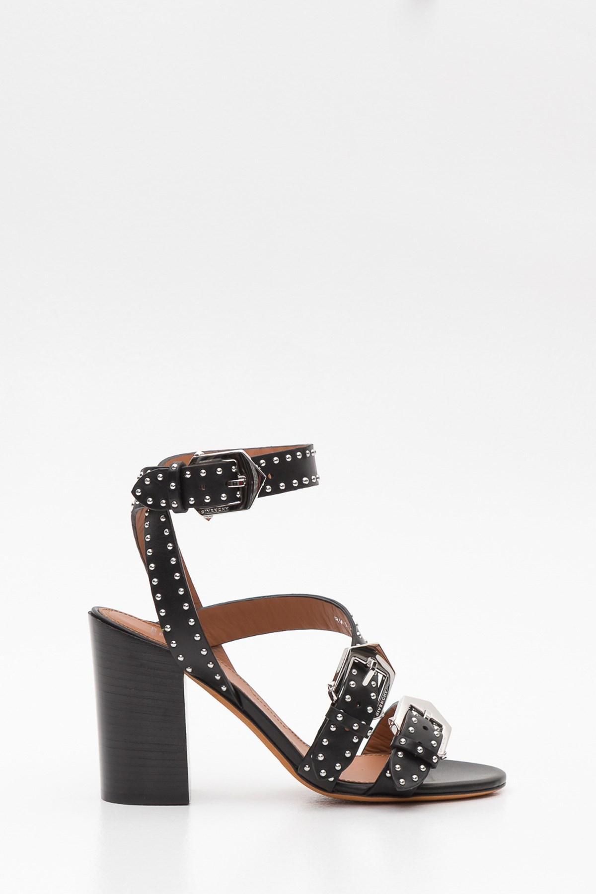 7c5e4d97d1b Lyst - Givenchy Elegant Studs Sandals