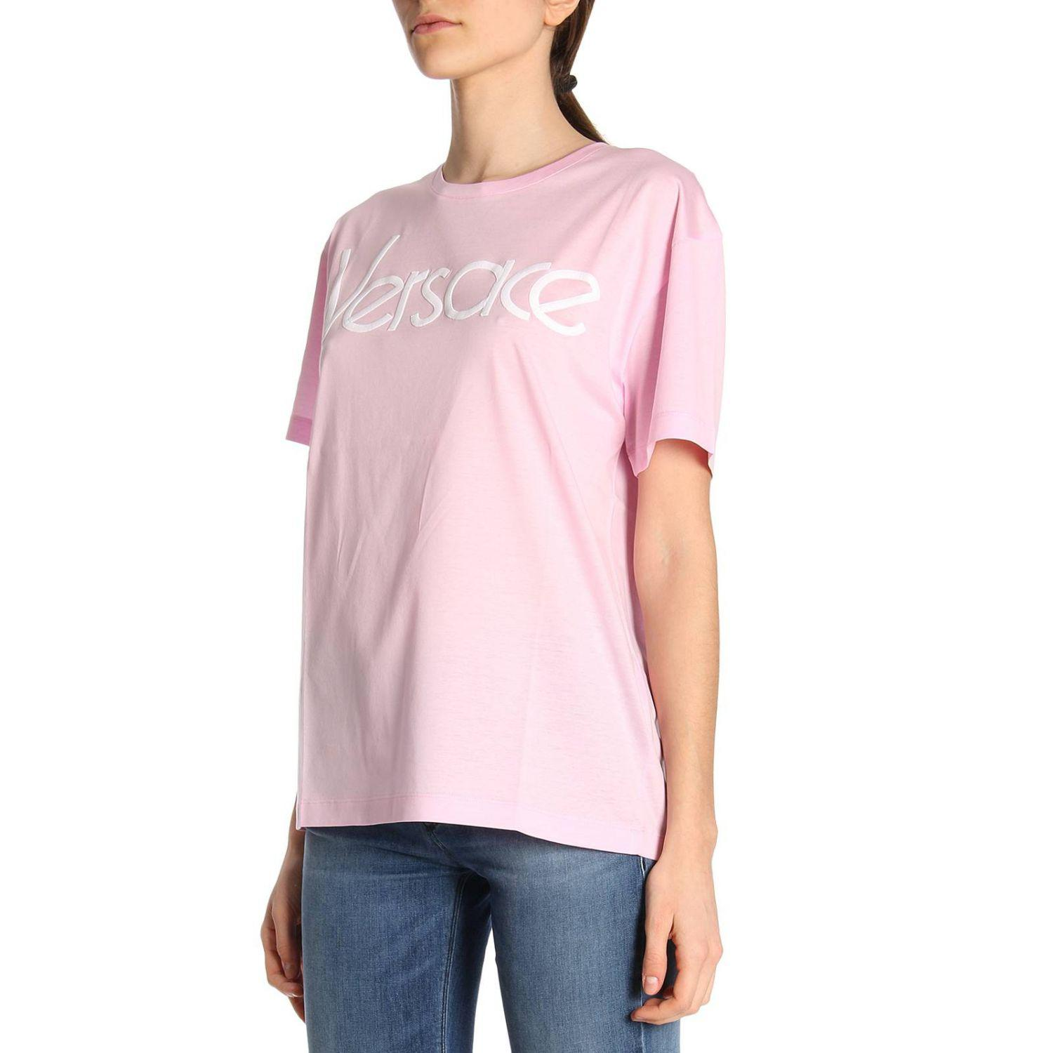 7bba2d66 Versace T-shirt Women in Pink - Lyst