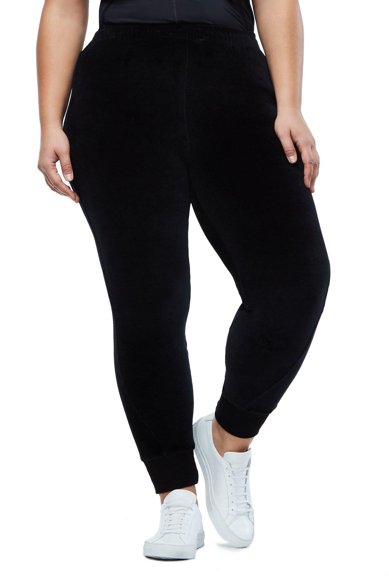 63f0880dd94 Lyst - GOOD AMERICAN The Twisted Seam Velour Pant in Black