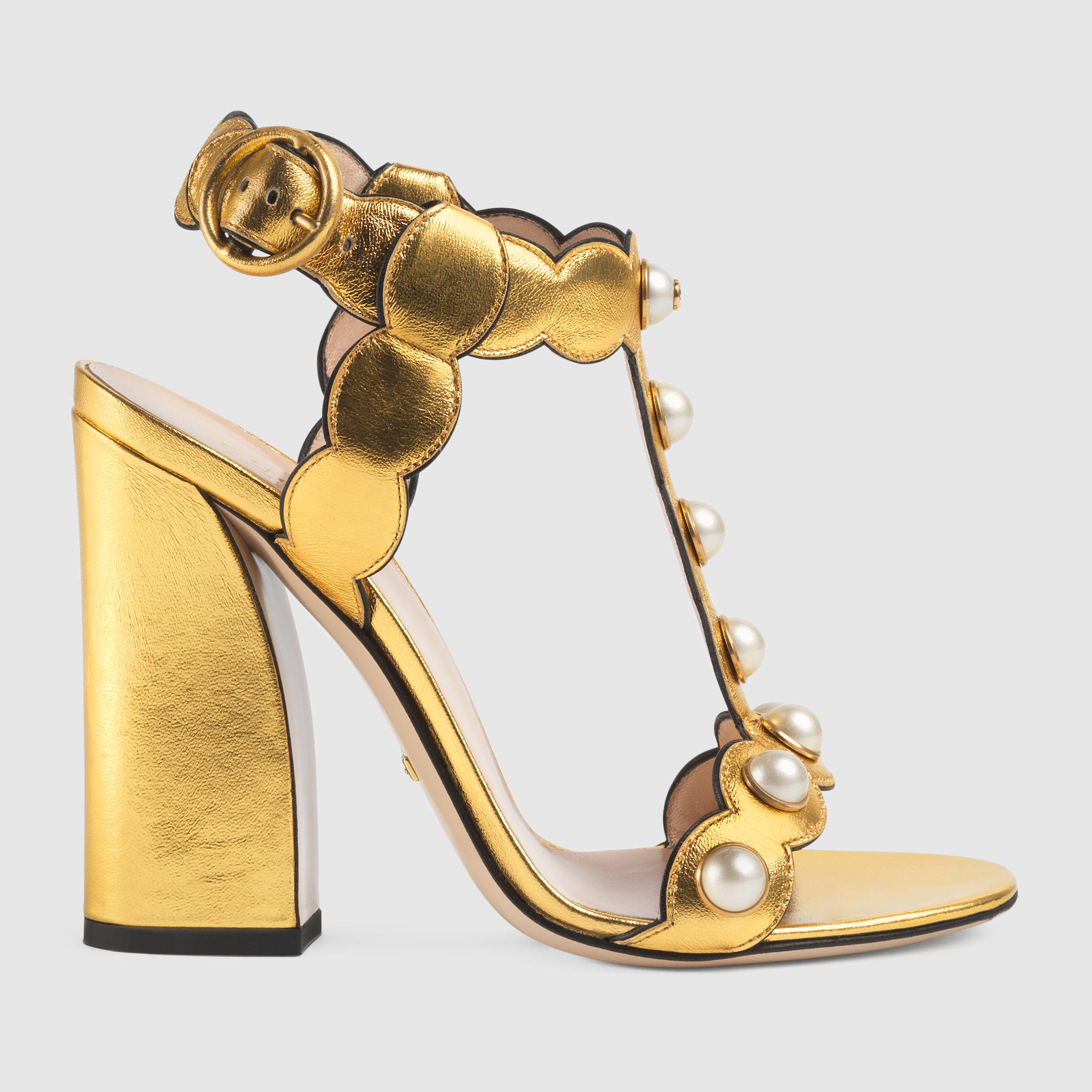 ec9439981e2cad Lyst - Gucci Leather T-strap Sandal in Metallic