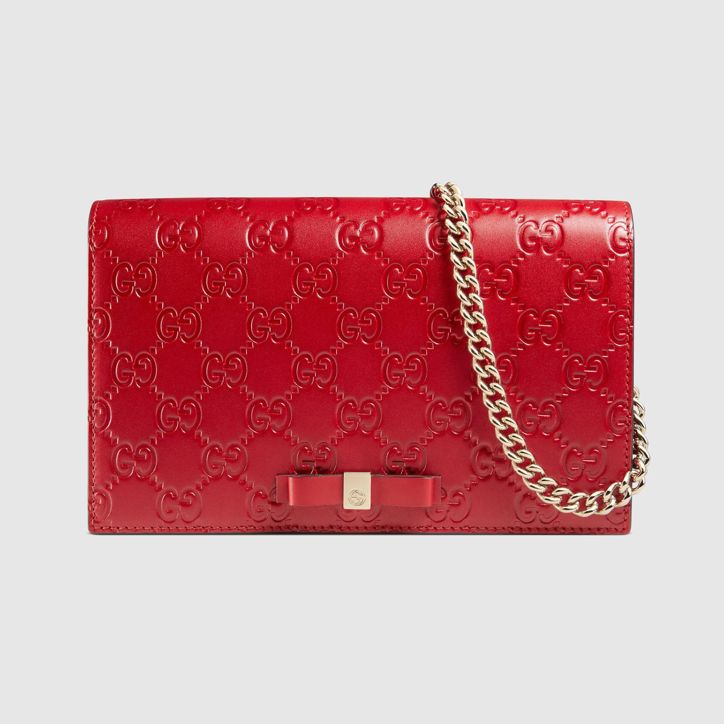 4b59edbe7 Gucci Signature Mini Shoulder Bag in Red - Lyst