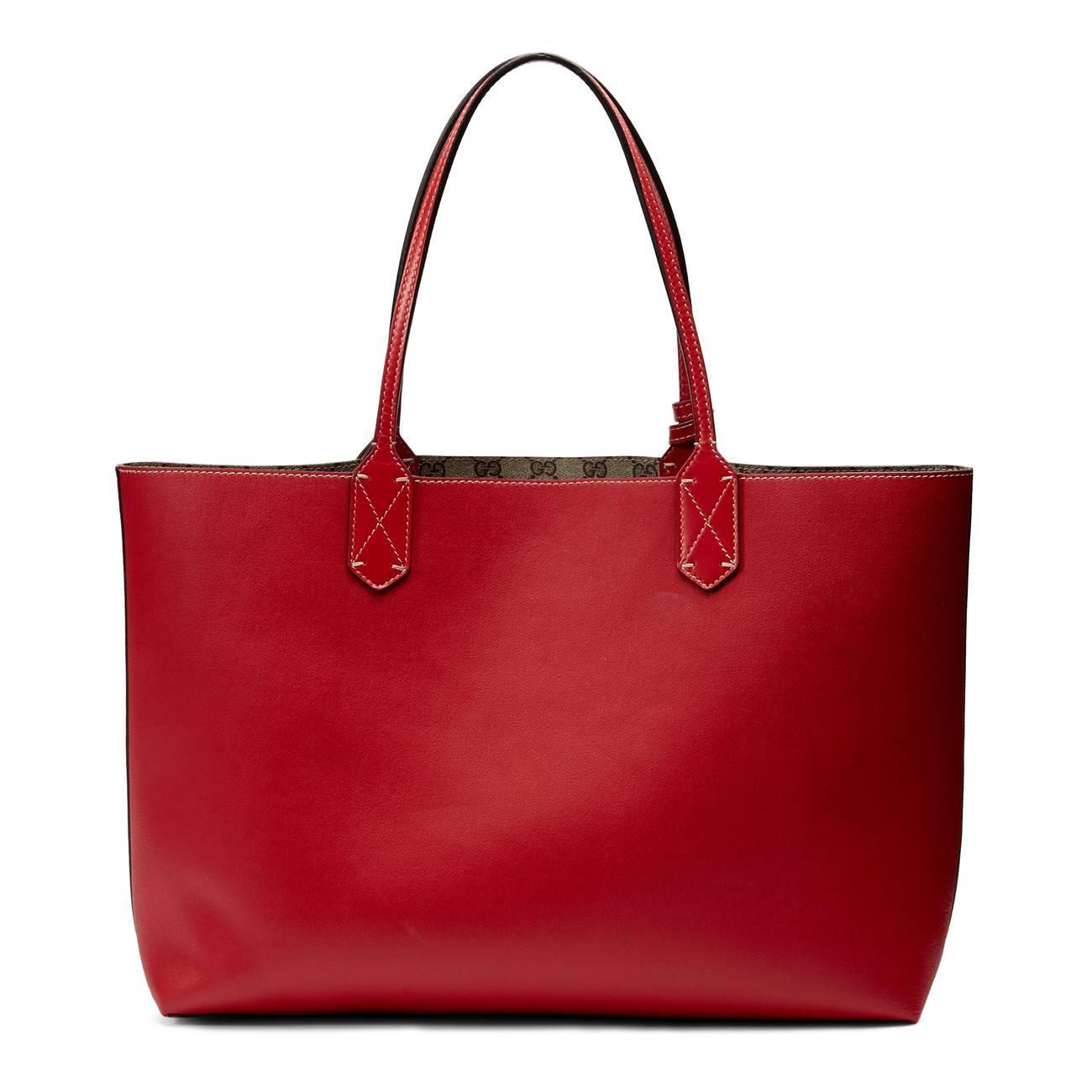 3085c1e4e5df Gucci - Red Reversible GG Medium Tote - Lyst. View fullscreen
