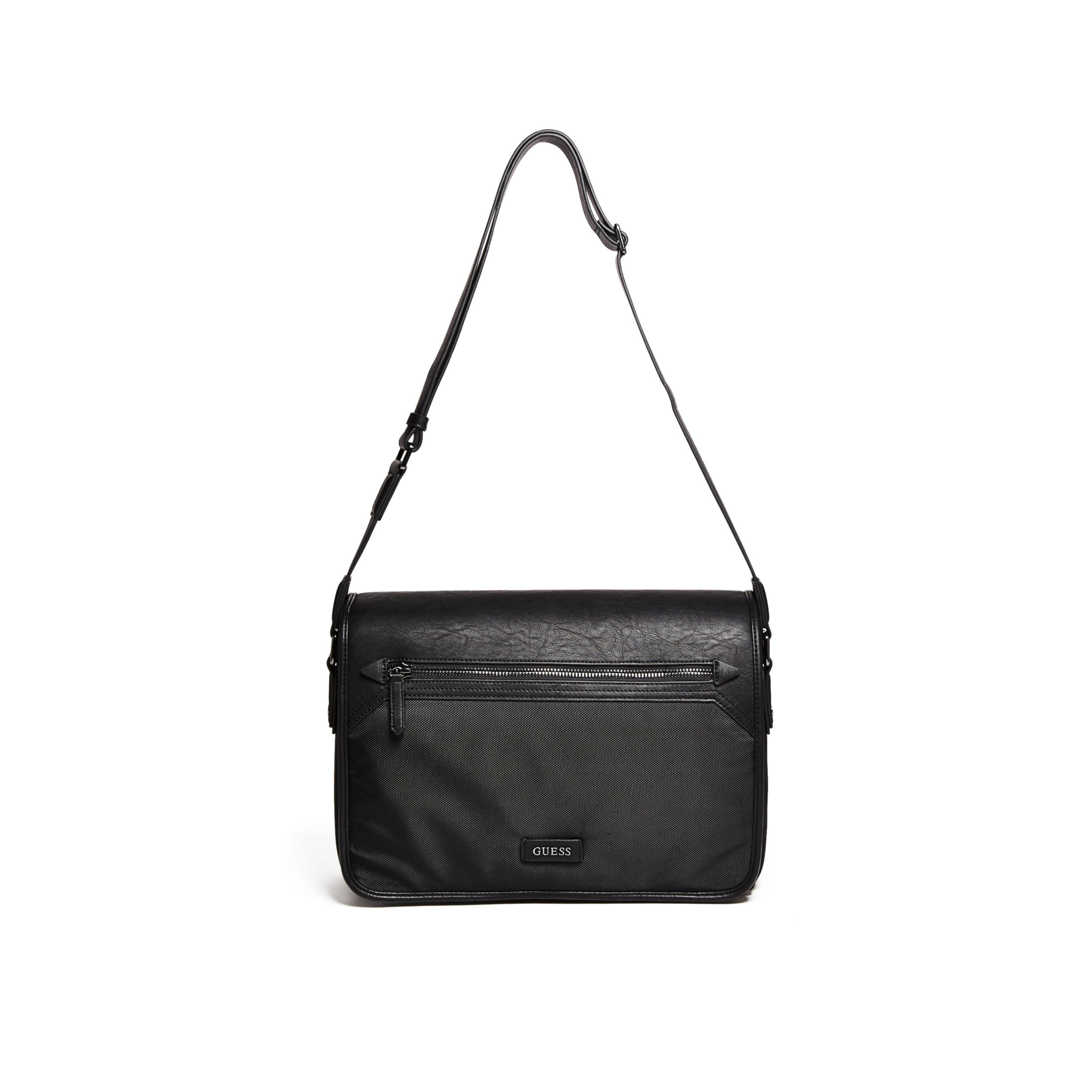 2da0e8415f82 Gallery. Previously sold at  GUESS · Women s Leather Messenger Bags