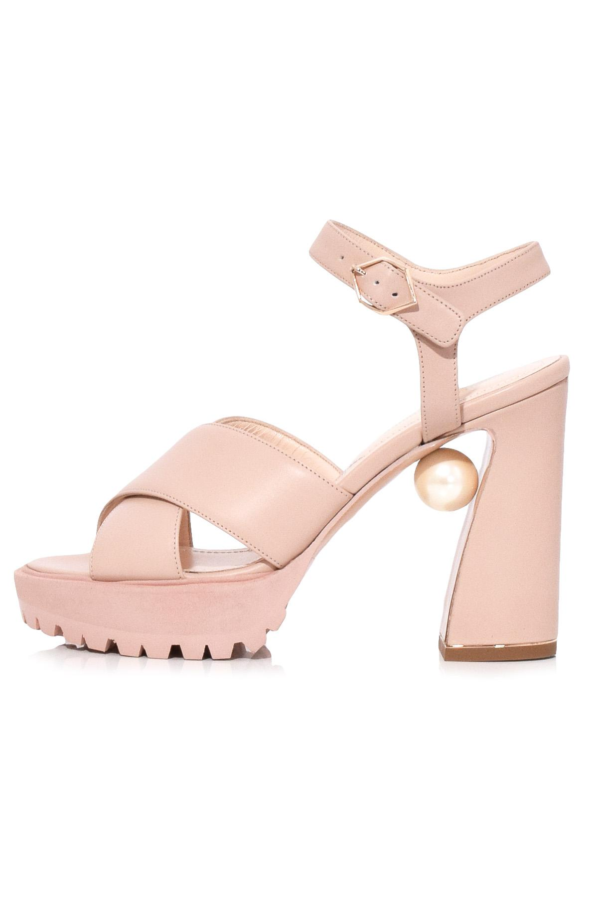 Get Online Annabel Pearl leather sandals Nicholas Kirkwood Cheap Fast Delivery Cheap Sale How Much Extremely Sale Online Cheap How Much T5PqLPCzE