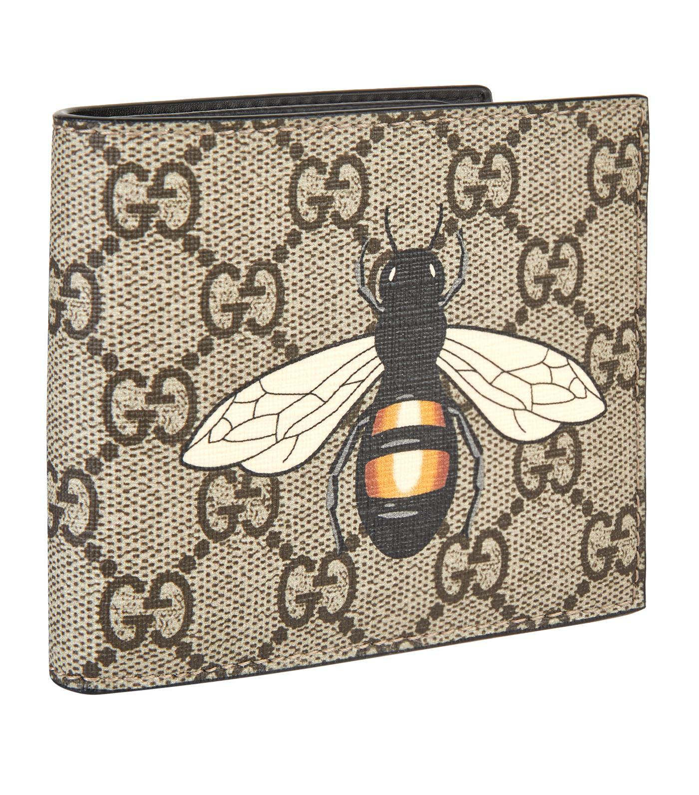 022e71936b3 Long-Touch to Zoom. Gucci - Natural GG Supreme Bifold Wallet ...
