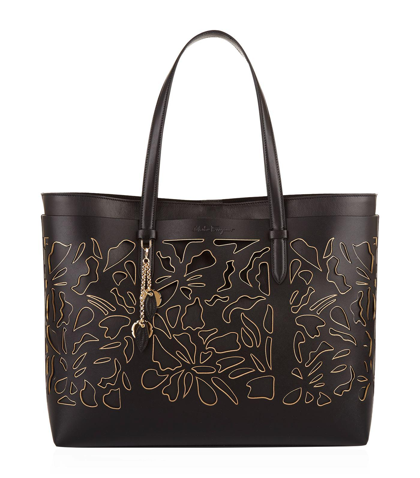 5f0fa74670f8 Ferragamo Large Lana Tote Bag in Black - Lyst