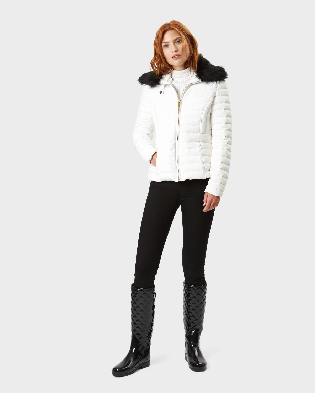 7063b32bb8f Hunter - Black Women s Original Refined Tall Quilted Gloss Wellington Boots  - Lyst. View fullscreen