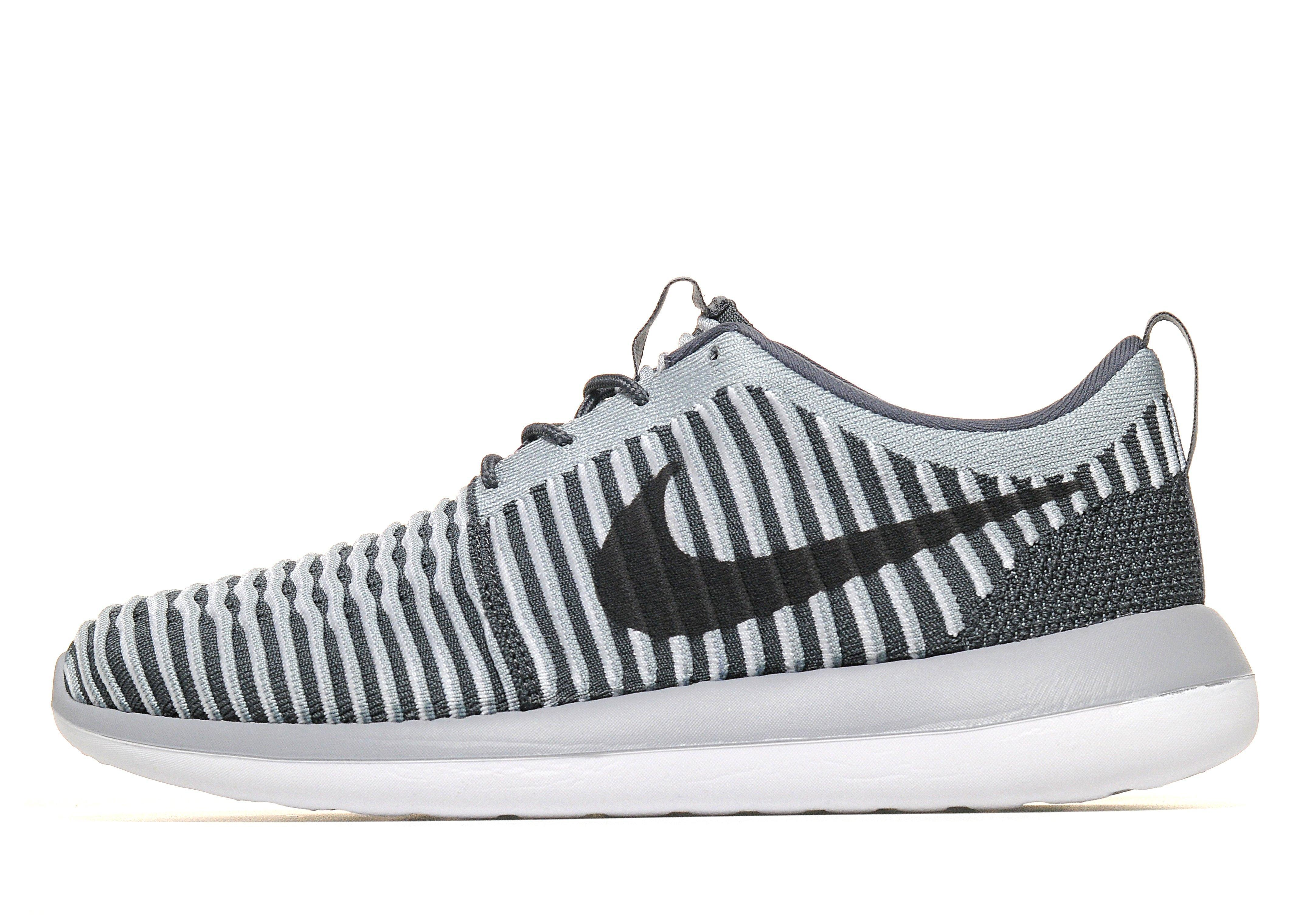 separation shoes 71f01 f26b3 Previously sold at JD Sports · Men s Nike Flyknit .