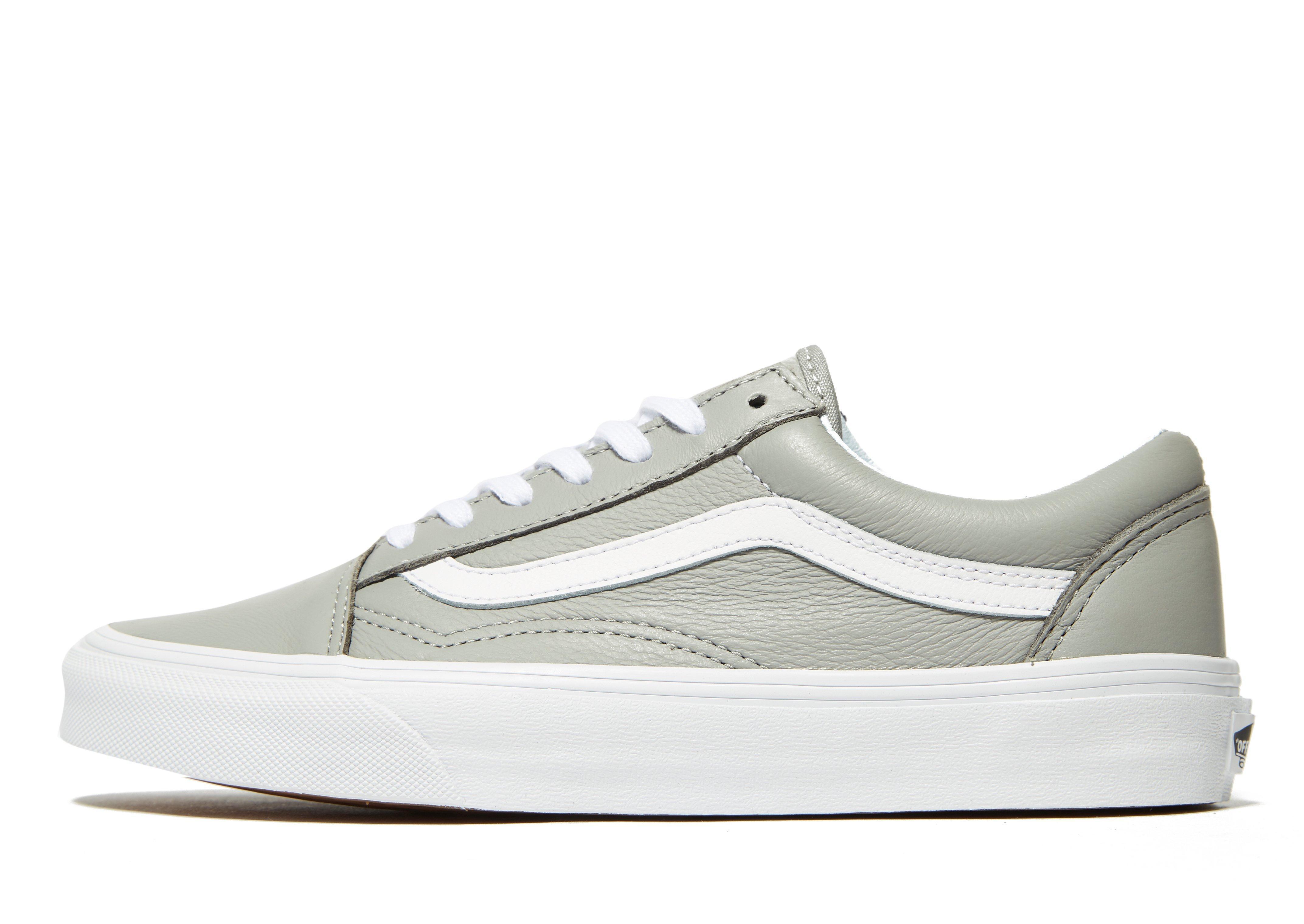 6cec3583a4ee Lyst - Vans Old Skool Leather in Gray for Men