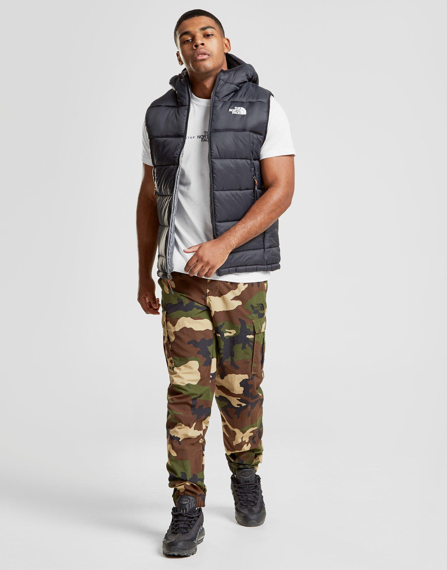 The North Face Khotan Reversible Gilet in Black for Men - Lyst 0cbab3230
