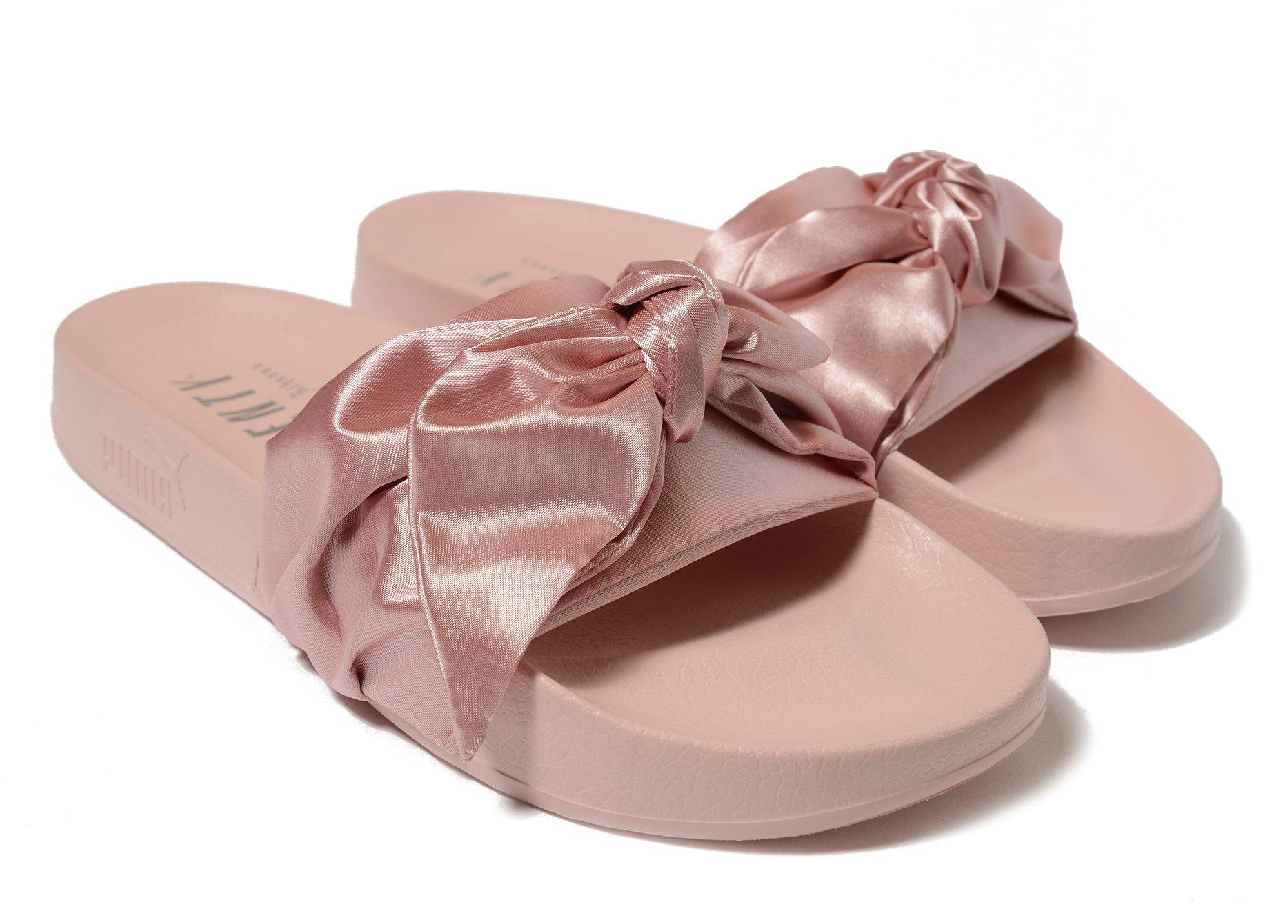 new product 01938 e733b PUMA Fenty Bow Slide in Pink - Lyst