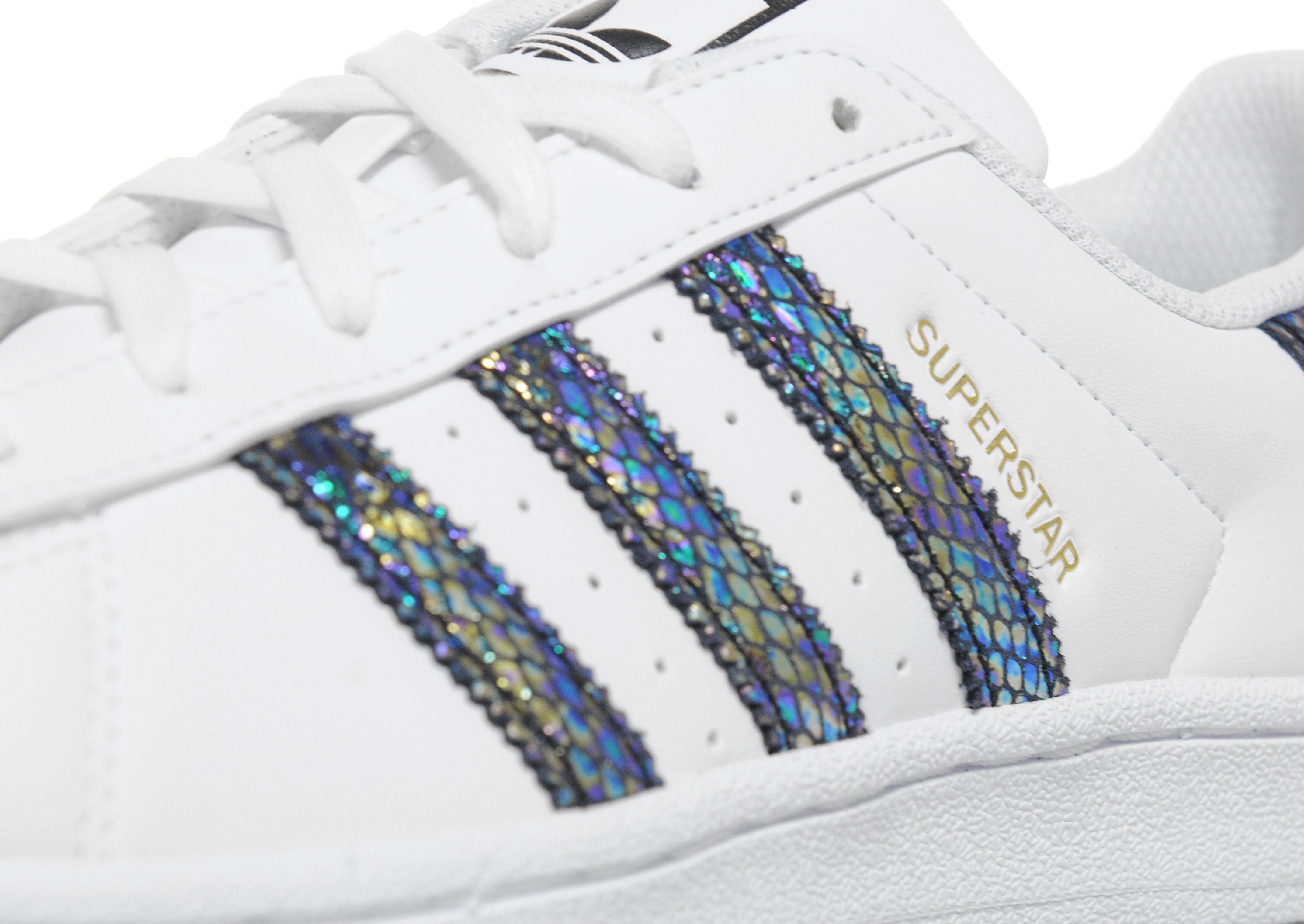 best service 63599 f59a9 Lyst - adidas Originals Superstar Junior in White
