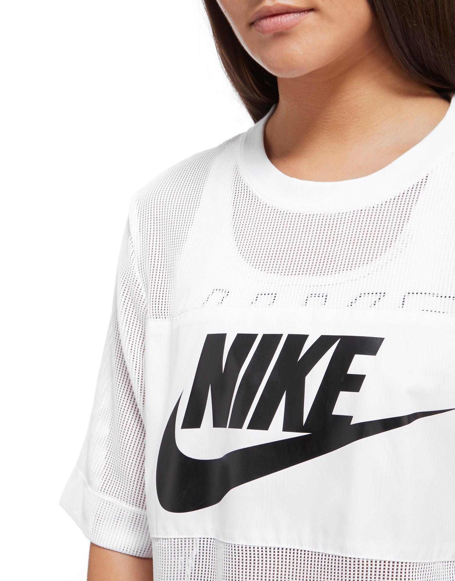 6bc36aba906 Nike Mesh Panel Crop T-shirt in White - Lyst