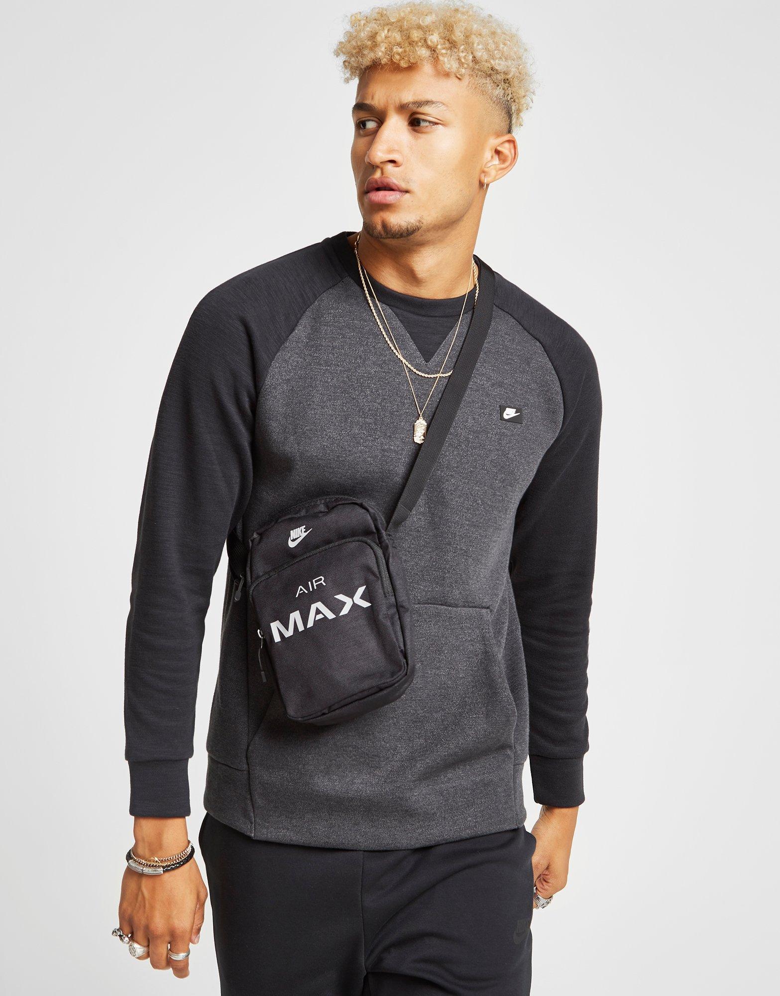 nike small air max bag