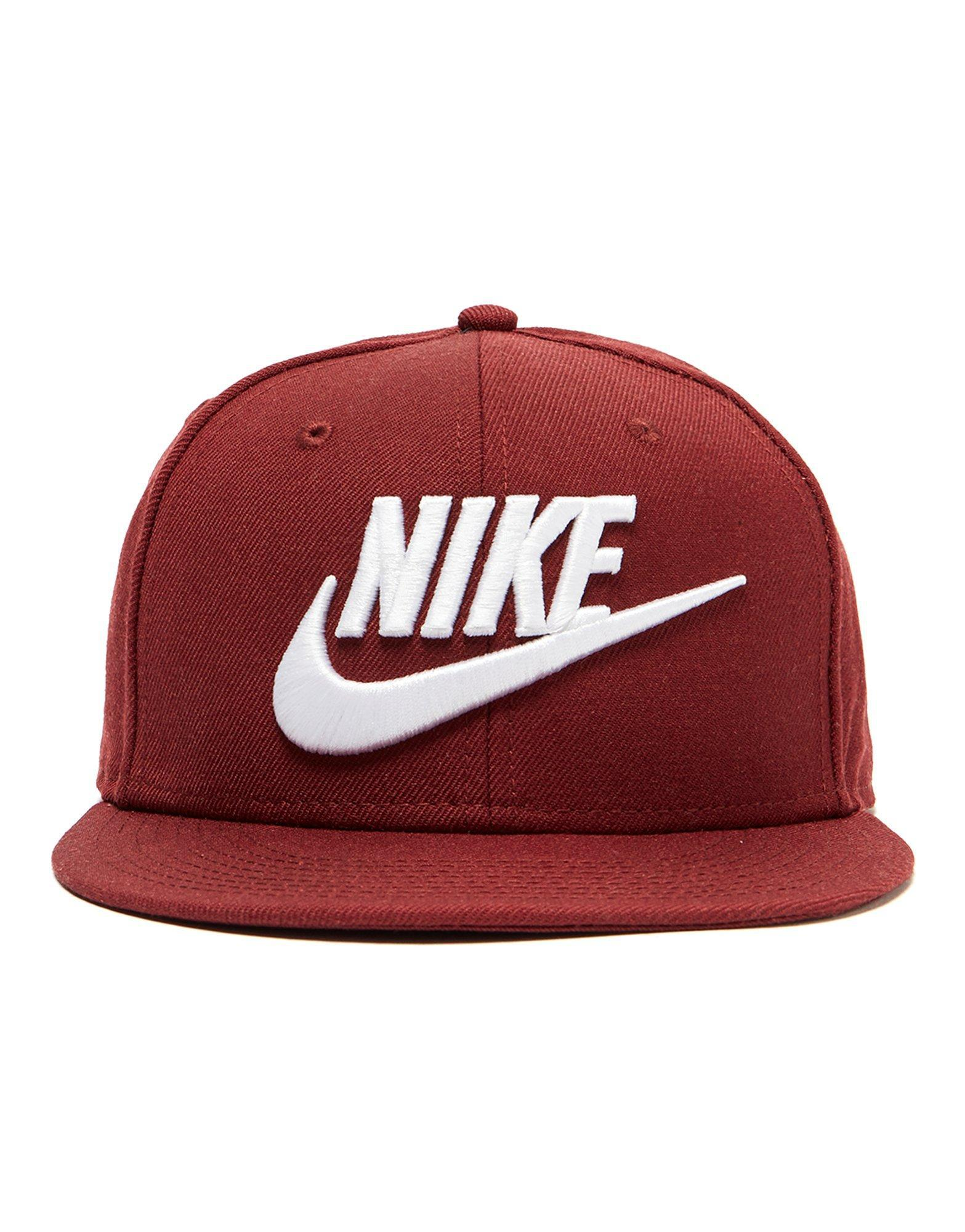 online store 64f7b 90080 ... closeout nike futura true 2 snapback cap in red for men lyst 7eb37 c2df7