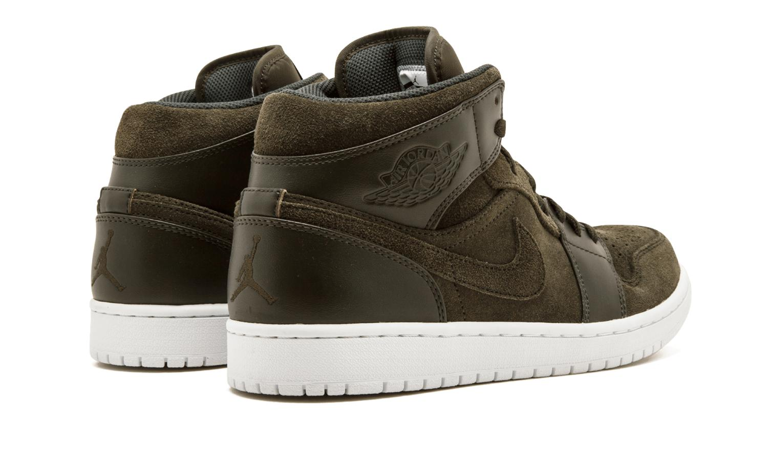 9a55d0aaaa01ed Lyst - Nike Air Jordan 1 Mid Suede High Top Basketball Shoes for Men