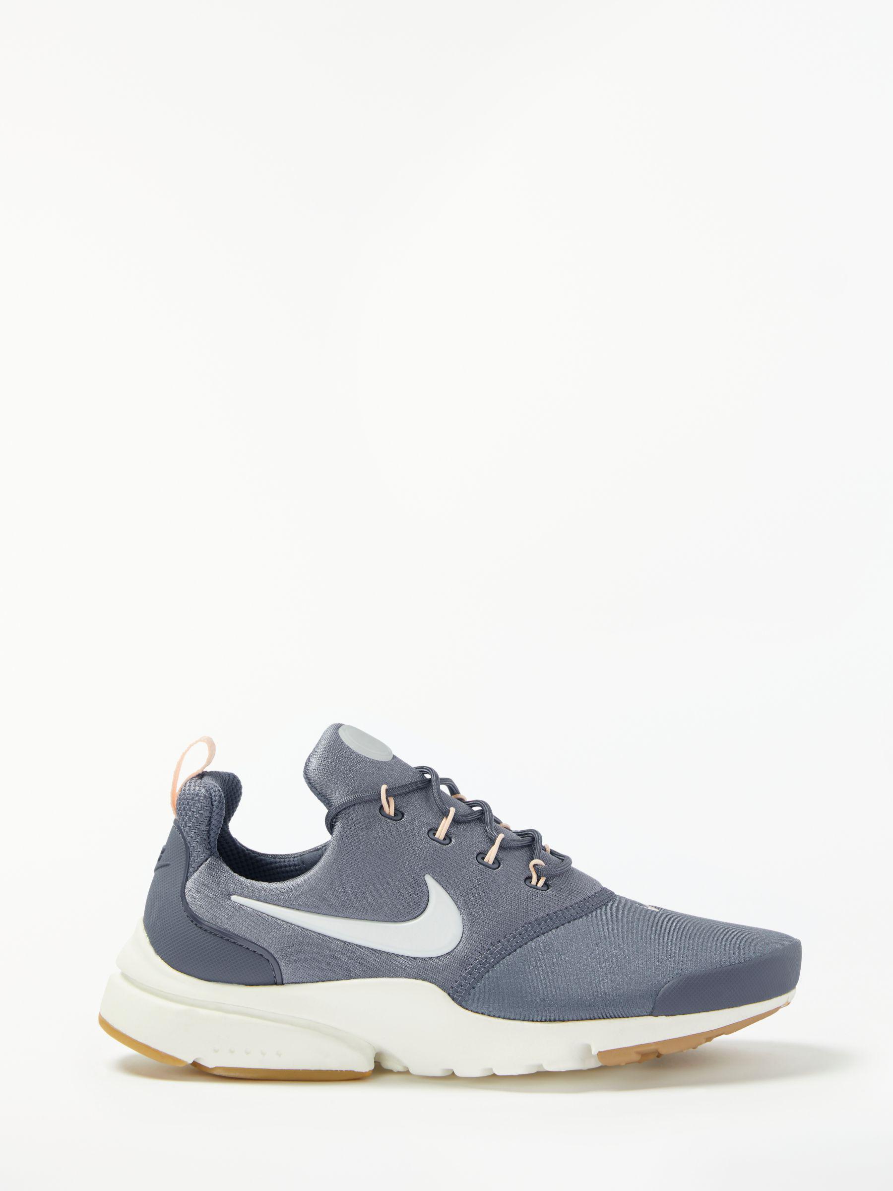 b4b4d6de201 Nike Presto Fly Women s Trainers - Lyst