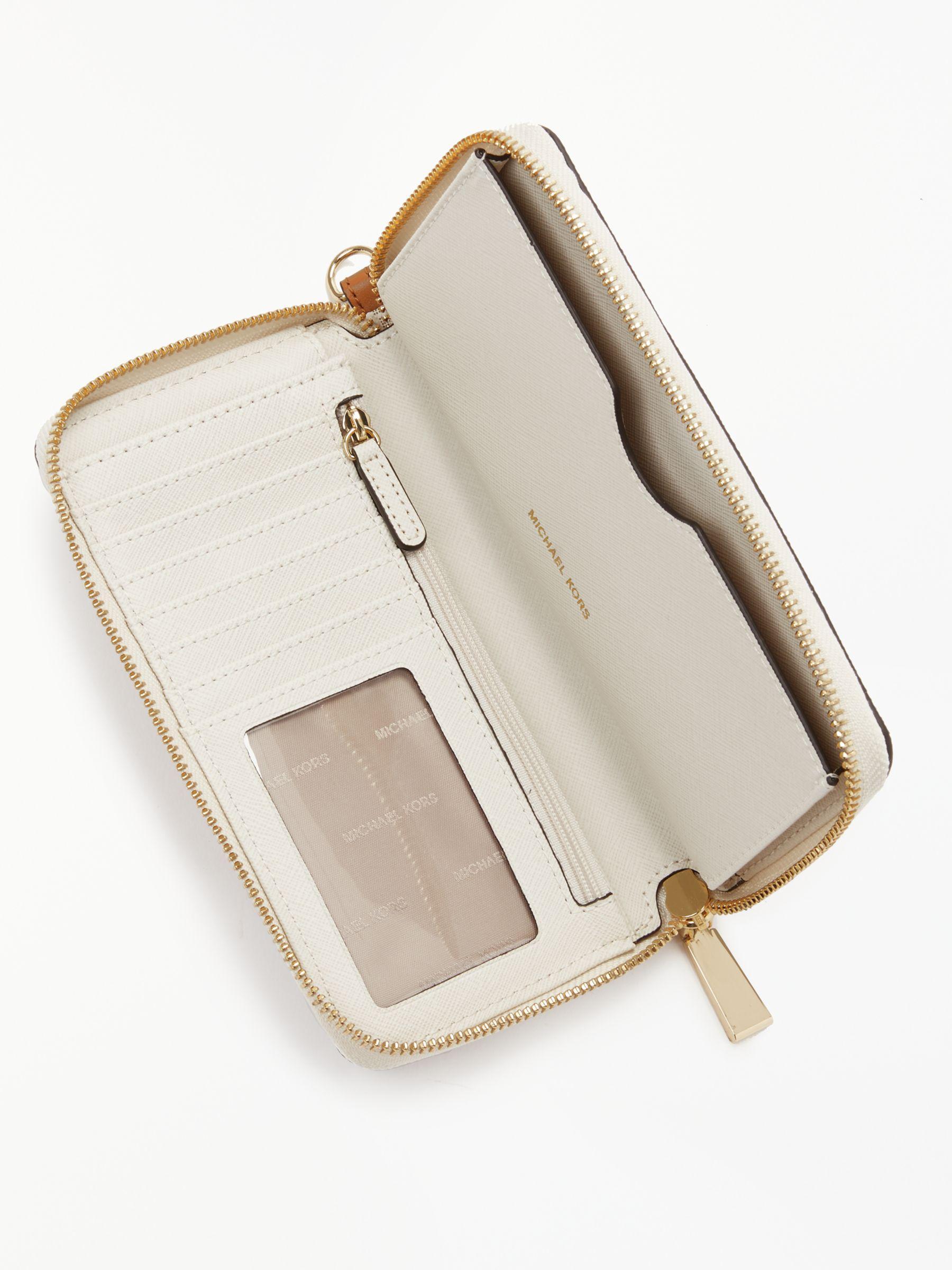 f83f9e7ae5cc4f Michael Kors Michael Jet Set Signature Travel Iphone Case Purse - Lyst