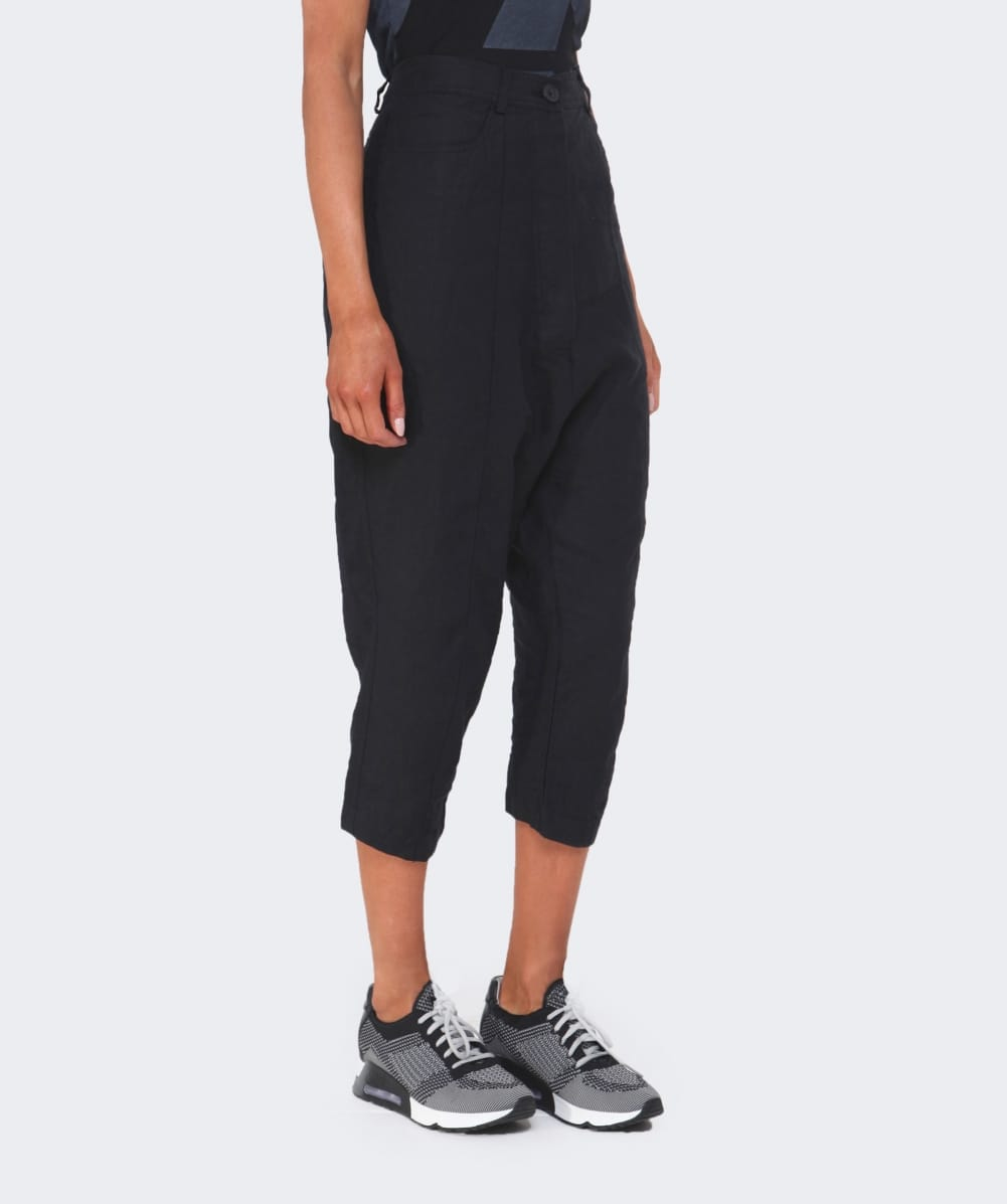 Rundholz Linen Cropped Trousers in Black | Lyst