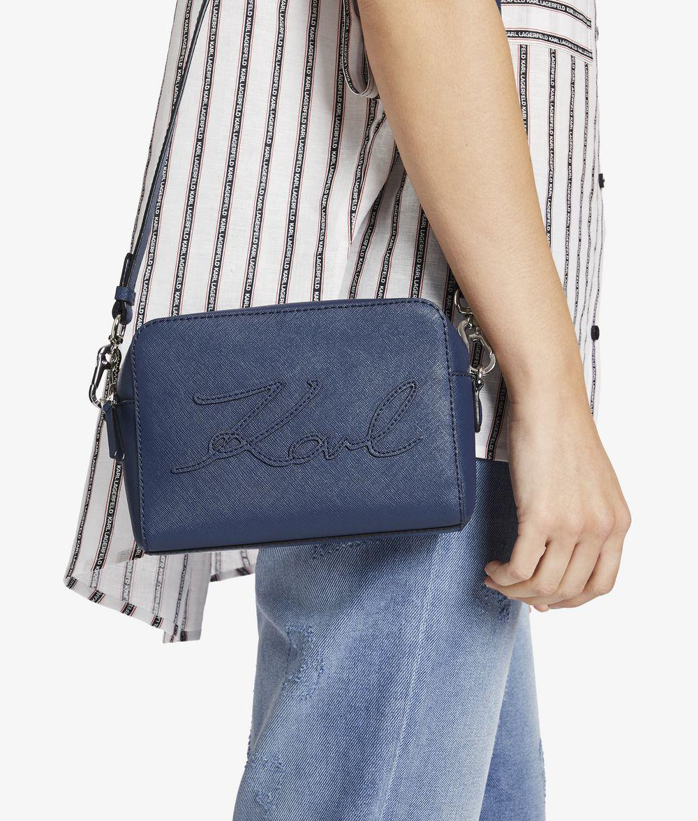 Cheap Price Buy Discount Footaction For Sale Karl Lagerfeld K/Signature Essential camera bag Store Cheap Price YGQKFLdI