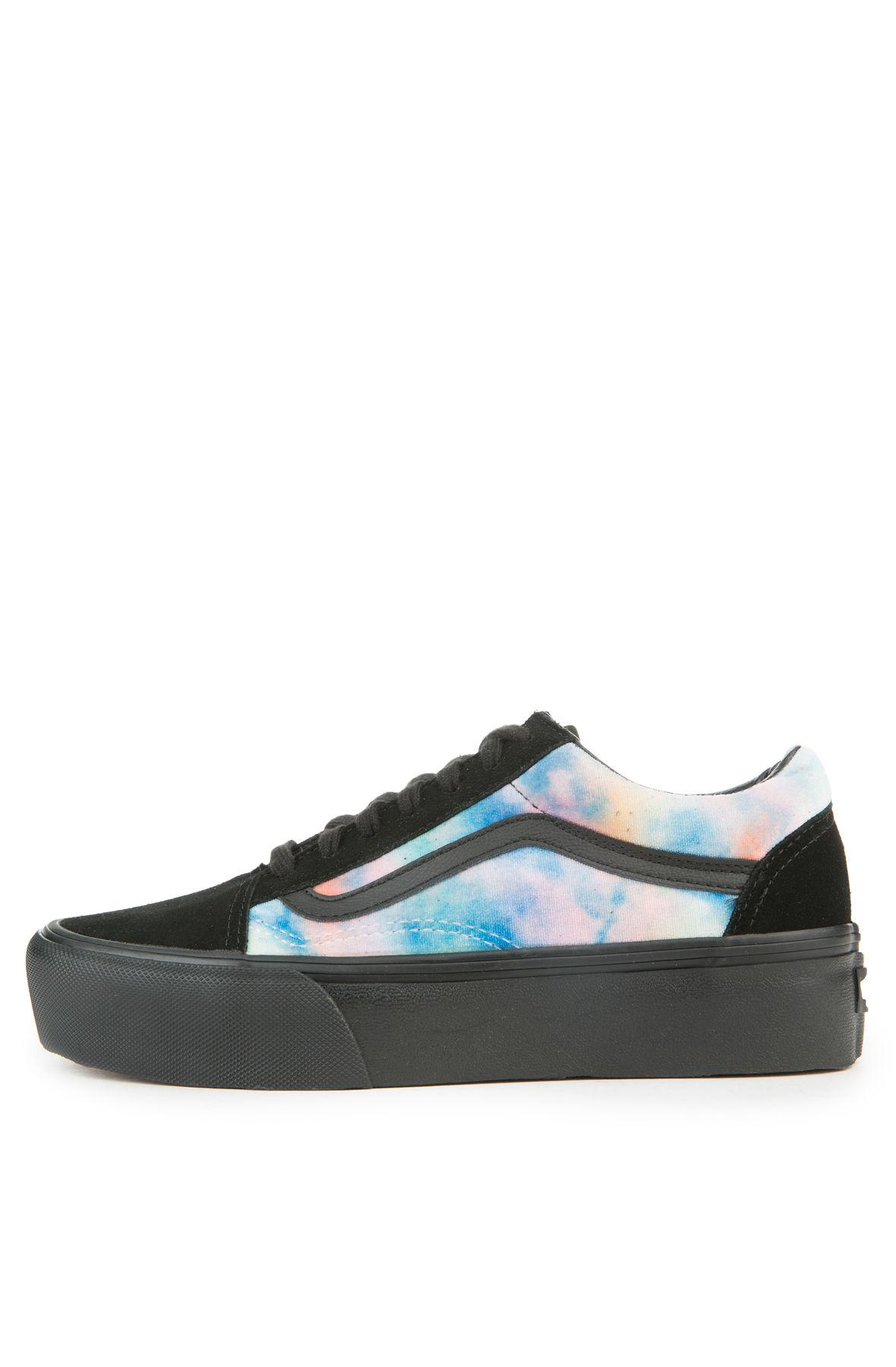 102078b5628d Lyst - Vans The Women s Old Skool Platform In Velvet Tie Dye Multi ...