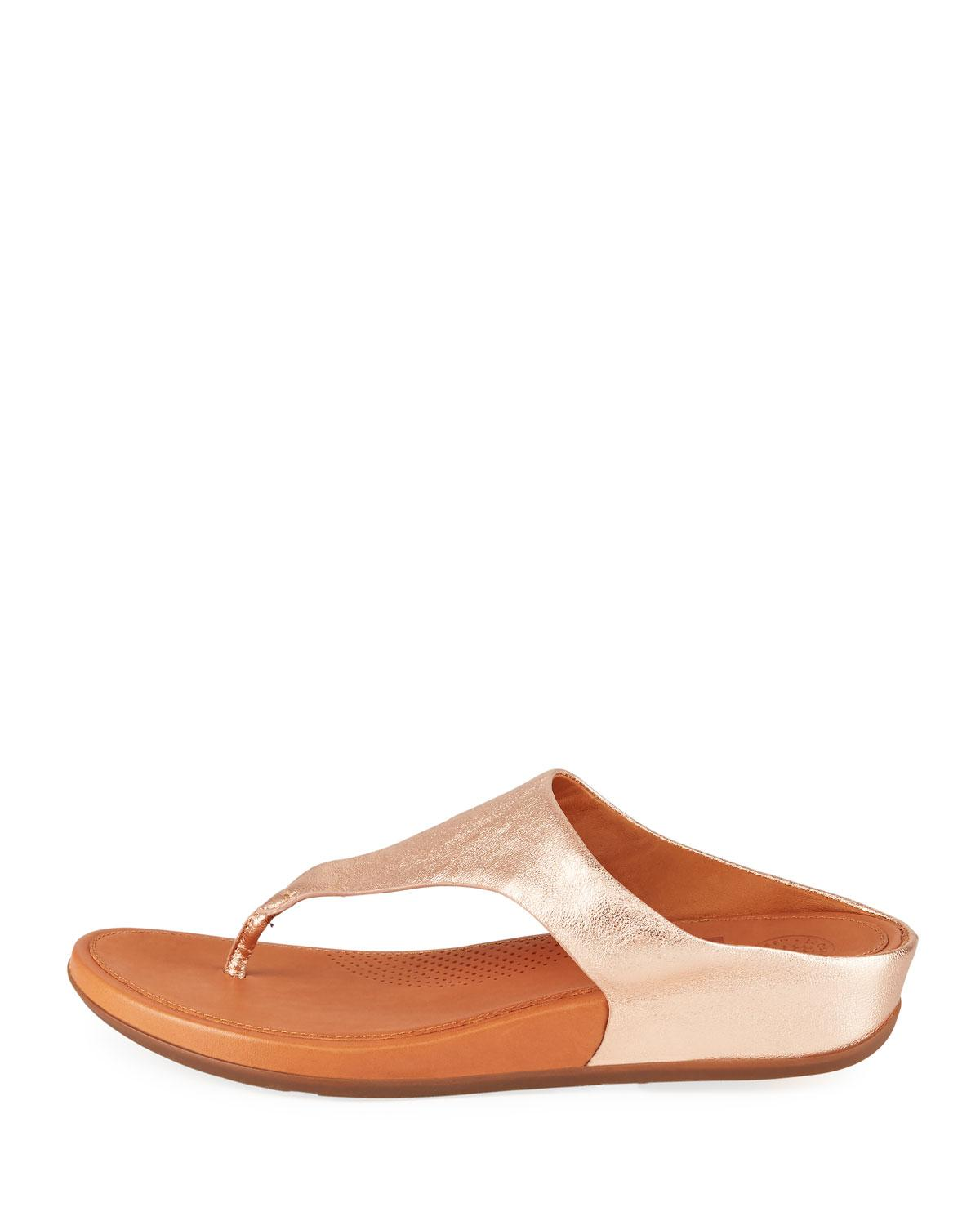 82cd1269a Lyst - Fitflop Banda Metallic Leather Thong Sandals