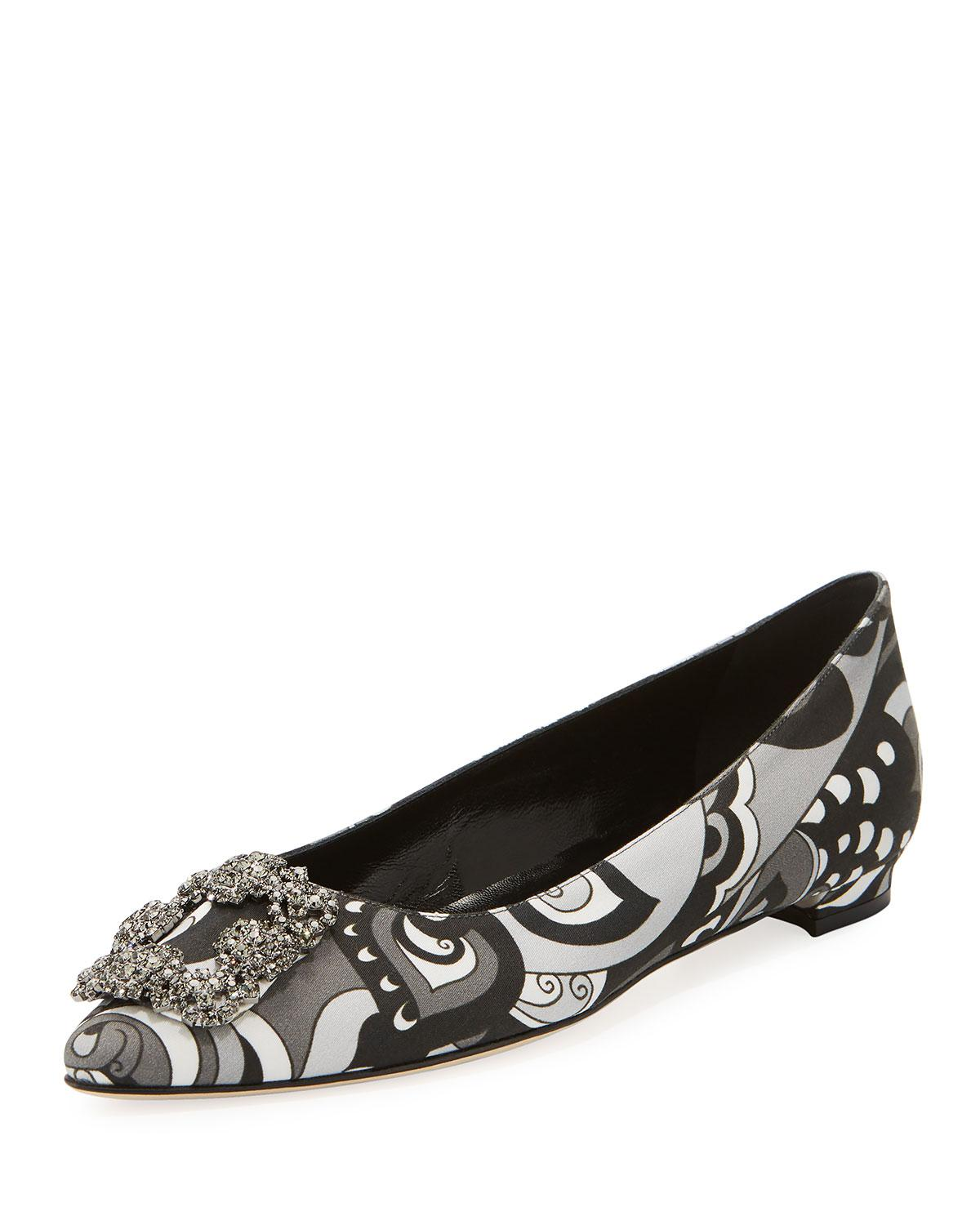 0d784cc49a46 Lyst - Manolo Blahnik Hangisi Crystal-buckle Printed Satin Flat in Pink