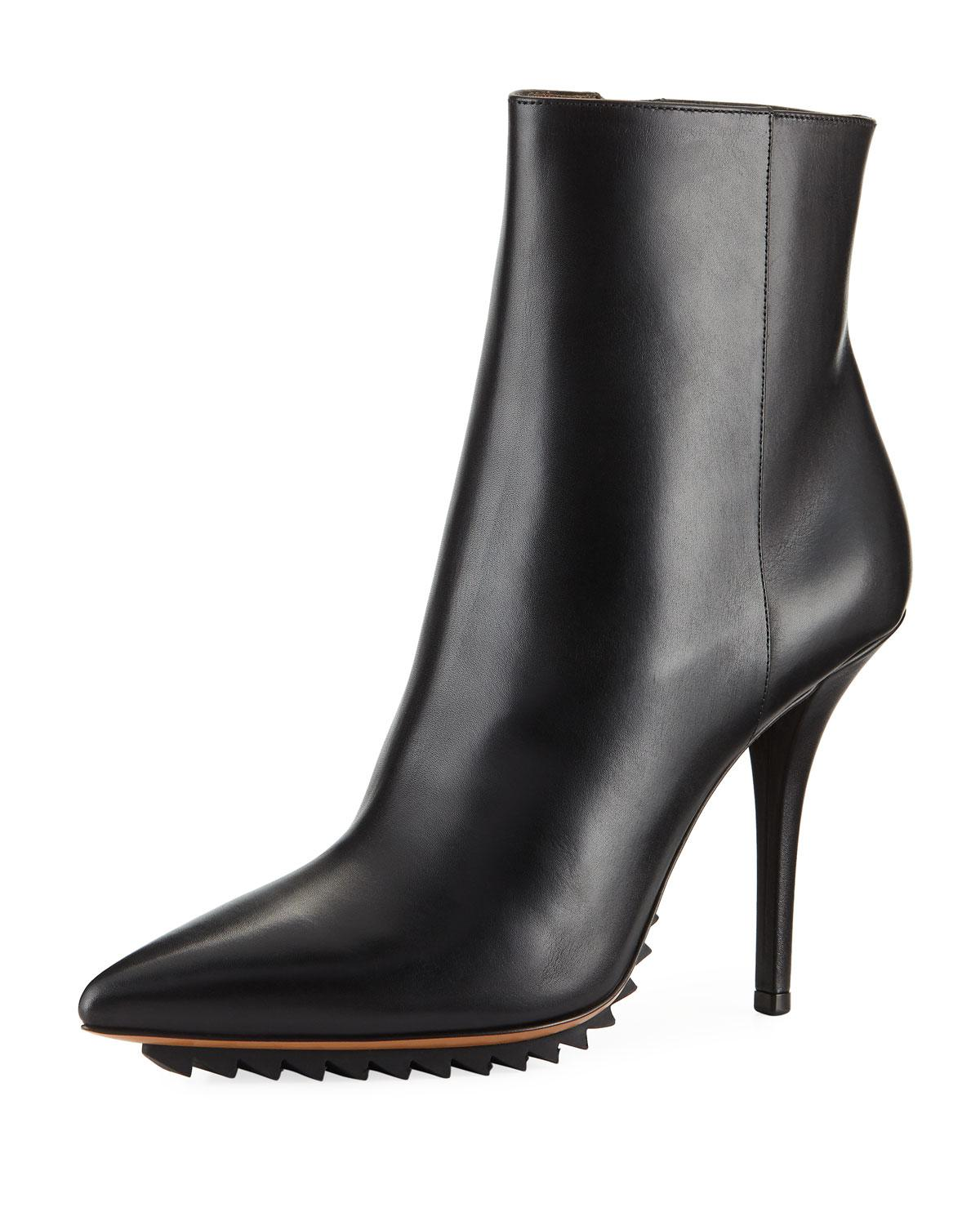 99b20cdabec8 Lyst - Givenchy Strettoia Leather Pointed-toe Ankle Boots in Black