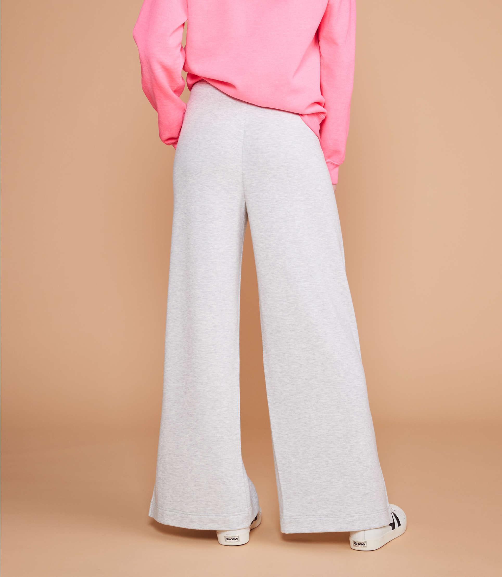 c23c67315d2c6 Lyst - Lou & Grey Signaturesoft Plush Wide Leg Pants