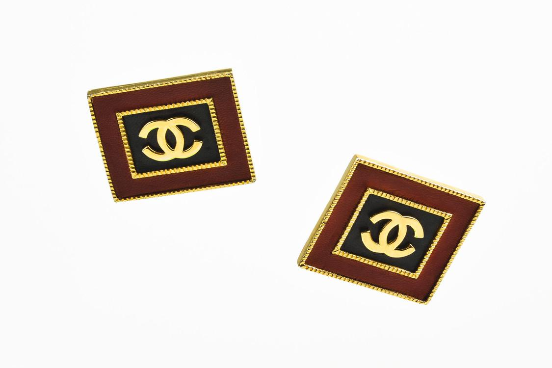 35bfad60f488 Chanel Vintage Rare Gold Tone Red Black Leather 'cc' Square Clip On ...