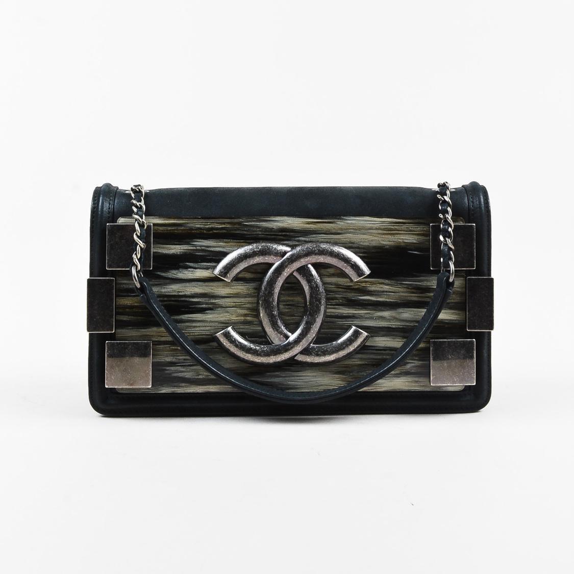 e242f5cbda Chanel Black Calfskin   Plexiglass  cc  Crossbody Boy Brick ...