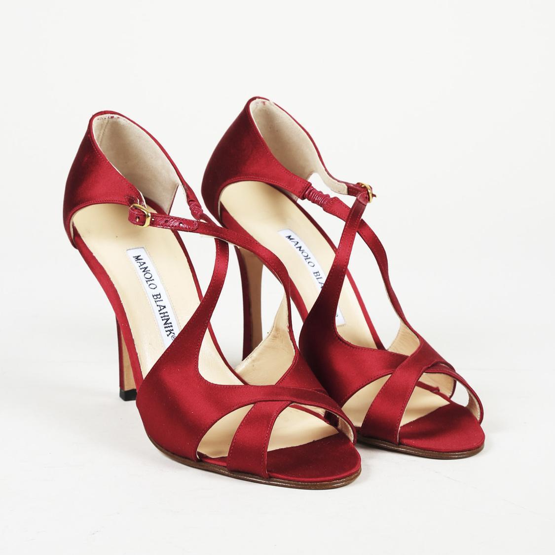 b11c8ef15a9 Lyst - Manolo Blahnik Satin Strappy Heeled Sandals in Red