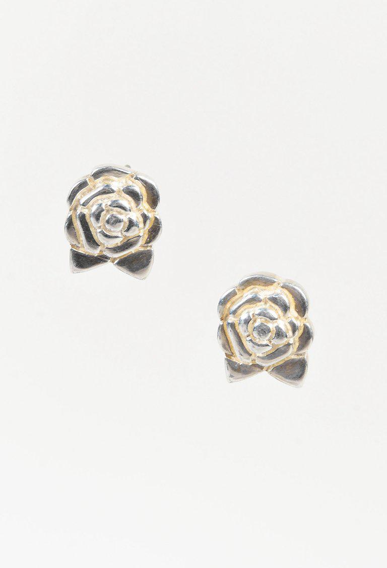8bf4ed245 Chanel Sterling Silver Camellia Flower Stud Earrings in Metallic - Lyst