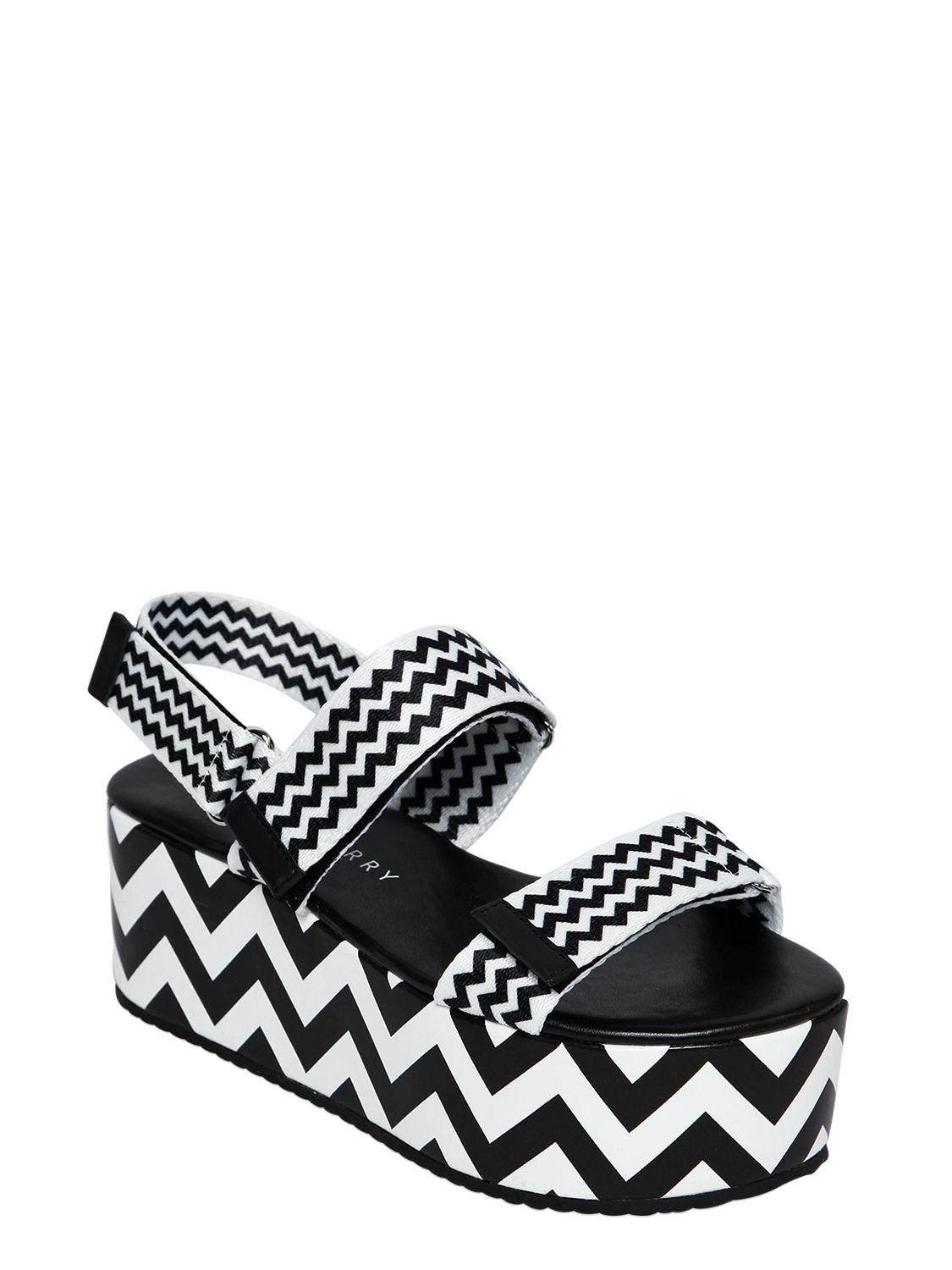 fb01f2d4b4e8a8 Lyst - Katy Perry 70mm Zoey Nylon Webbing Wedge Sandals in Black