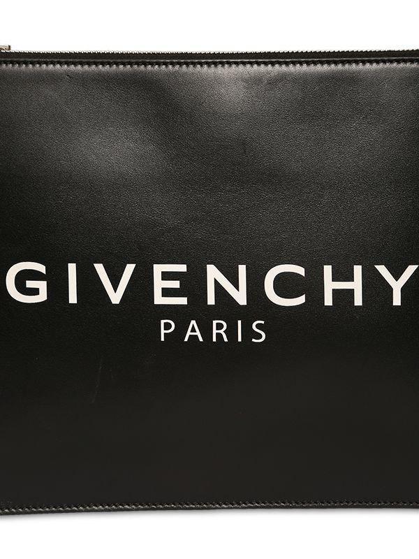 7e3d7ddb65a Lyst - Pochette En Cuir Avec Logo Givenchy pour homme en coloris Noir - 7 %  de réduction