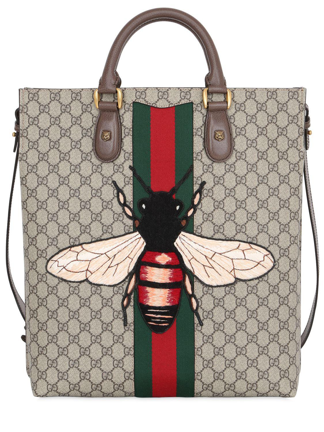 9dedff7947668 Lyst - Gucci Bee Patch Gg Supreme Tote Bag in Natural