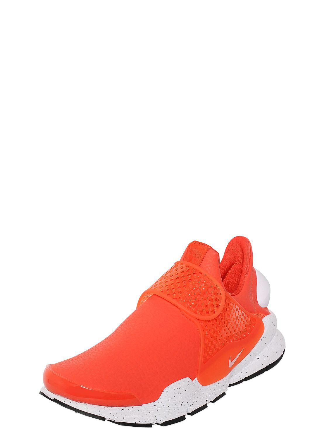 39e9dd193d1b Lyst - Nike Sock Dart Premium Sneakers in Red - Save 69%