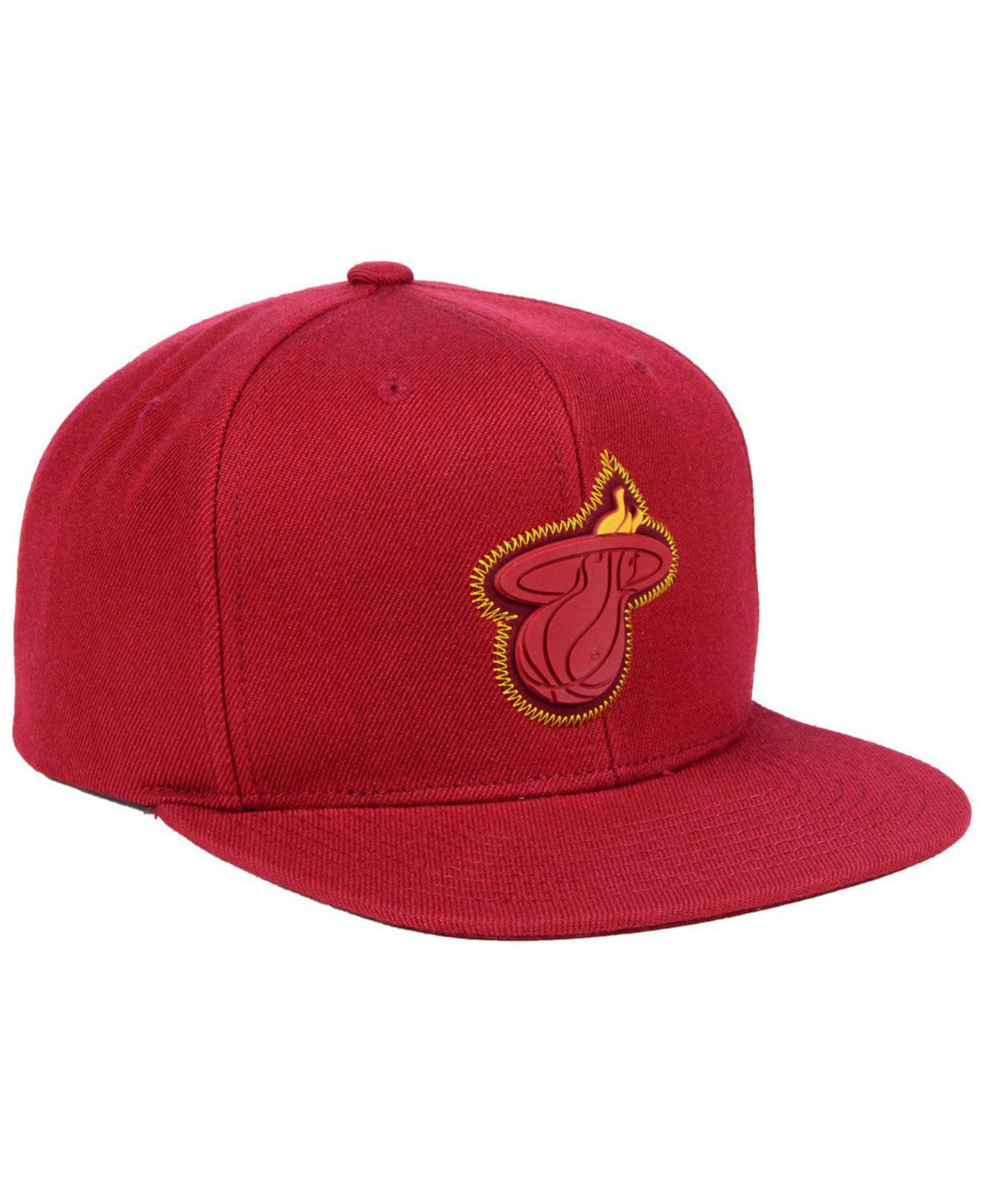 on sale 01466 0488b Mitchell   Ness Miami Heat Zig Zag Snapback Cap in Red for Men - Lyst