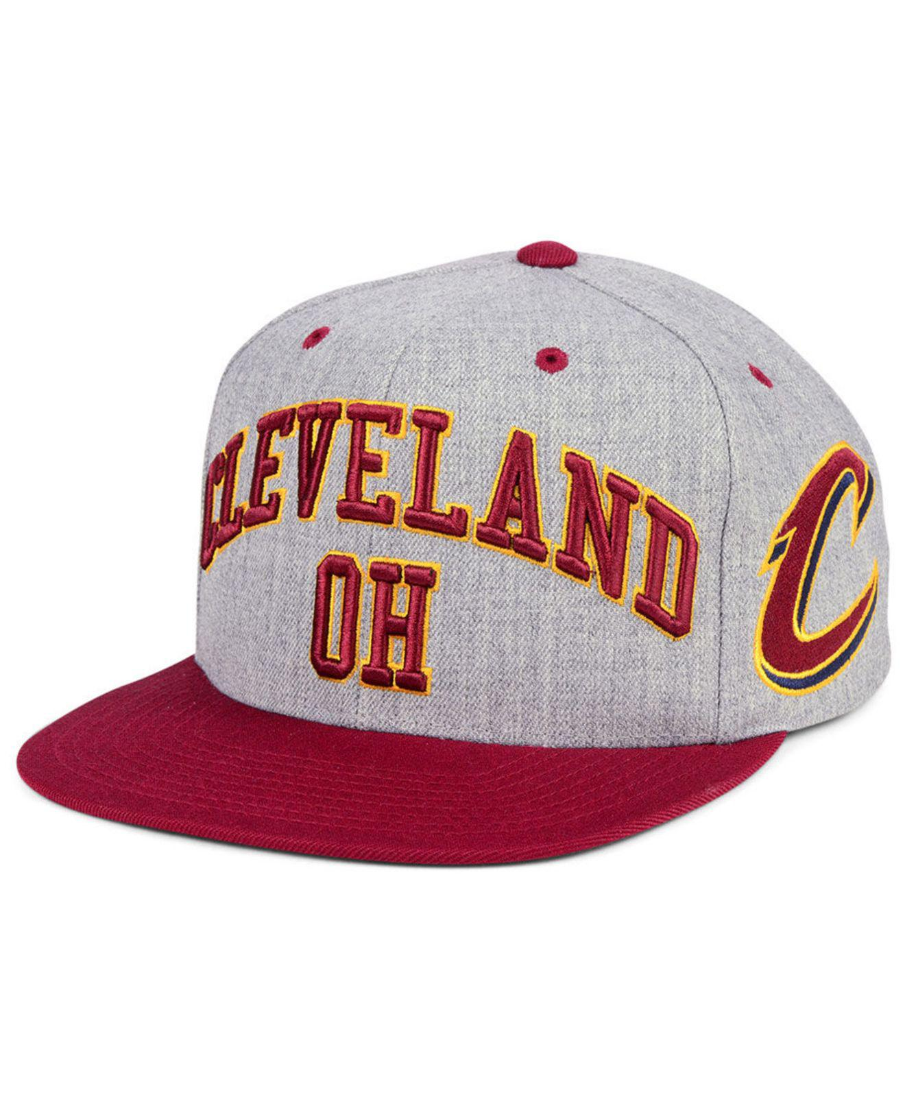 quality design b7cf2 edbc5 ... netherlands mitchell ness. mens cleveland cavaliers side panel cropped  snapback cap 79c86 eb35e