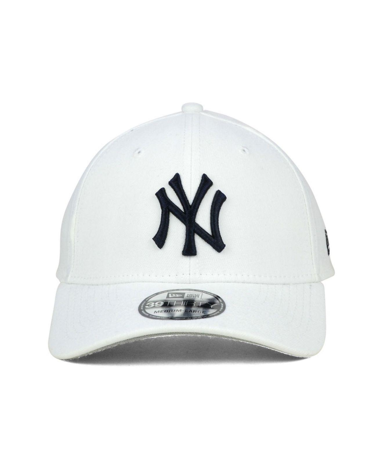 6a81c063c1de3 ... closeout lyst ktz new york yankees core classic 39thirty cap in white  for men f0519 6fb38